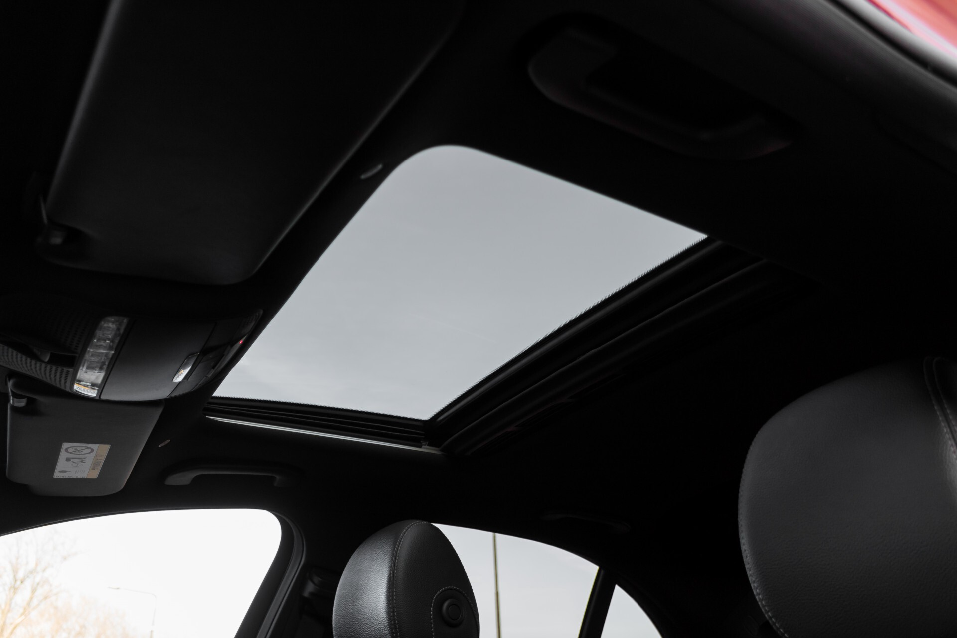 Mercedes-Benz E-Klasse 220 d AMG Night Distronic/Widescreen/Burmester/Schuifdak/Standkachel Aut9 Foto 41