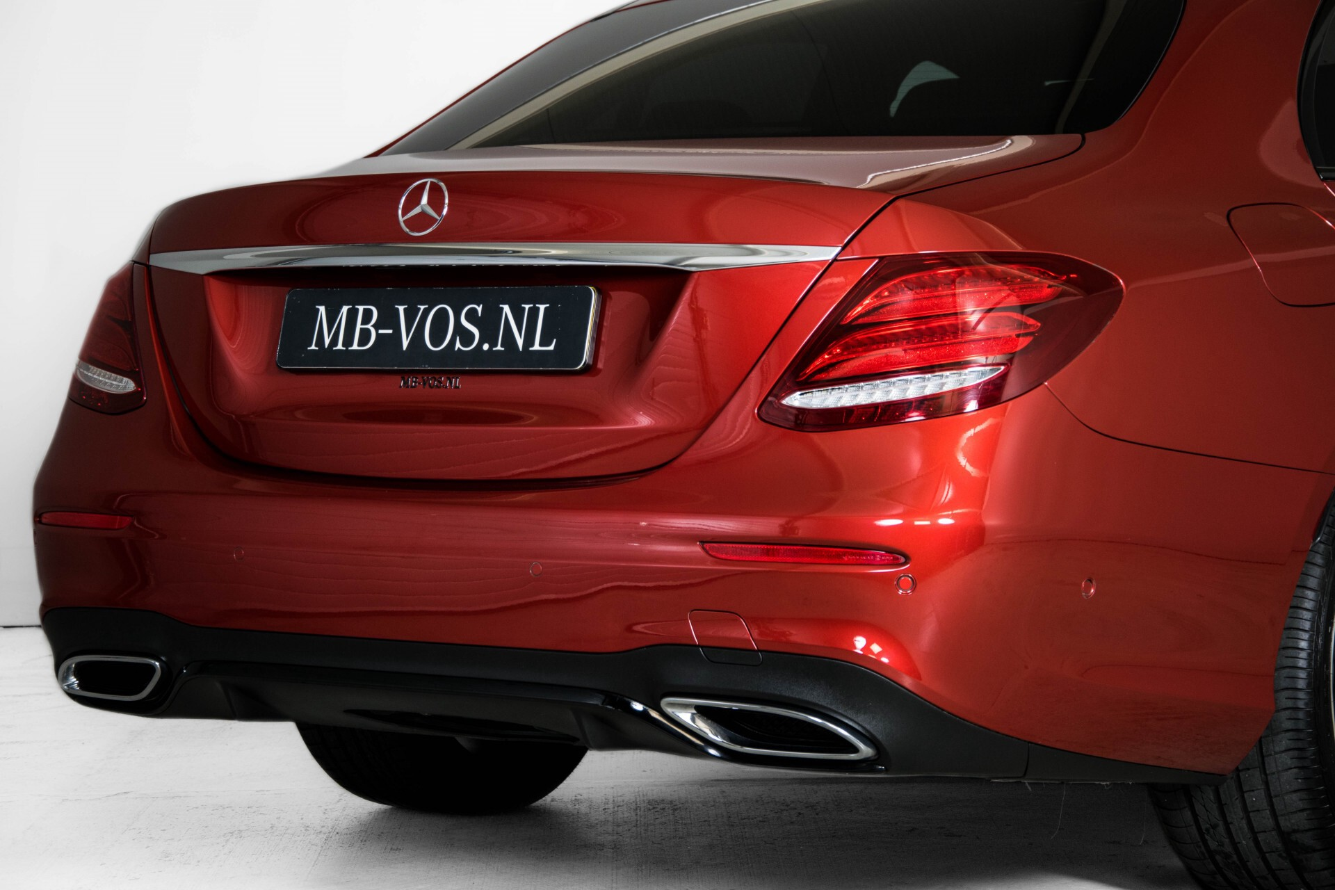 Mercedes-Benz E-Klasse 220 d AMG Night Distronic/Widescreen/Burmester/Schuifdak/Standkachel Aut9 Foto 53
