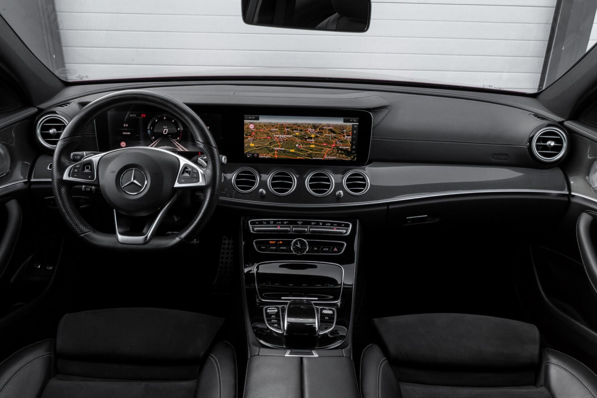 Mercedes-Benz E-Klasse 220 d AMG Night Distronic/Widescreen/Burmester/Schuifdak/Standkachel Aut9 Foto 7