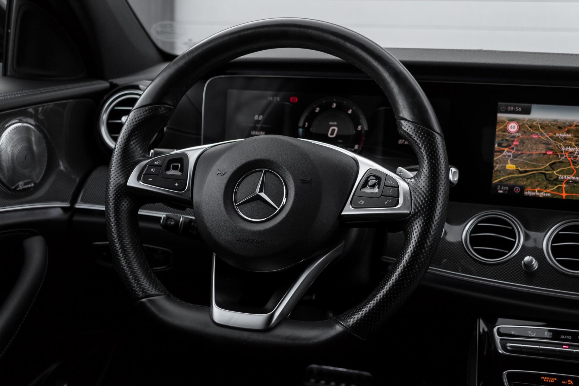 Mercedes-Benz E-Klasse 220 d AMG Night Distronic/Widescreen/Burmester/Schuifdak/Standkachel Aut9 Foto 8