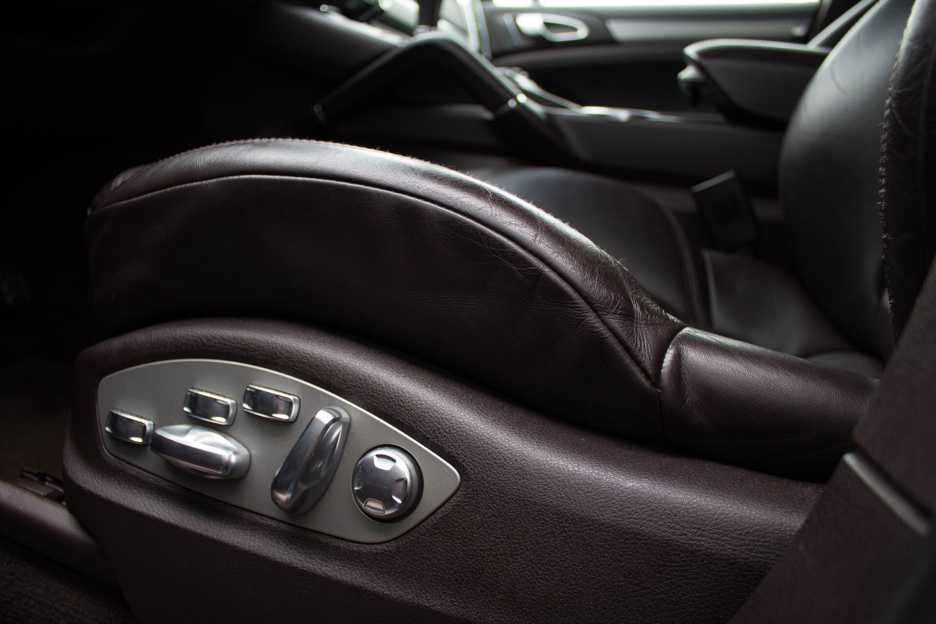 Porsche Cayenne 4.8 Turbo Exclusive/Panorama/Bose/21''/Sportstoelen Aut8 Foto 25