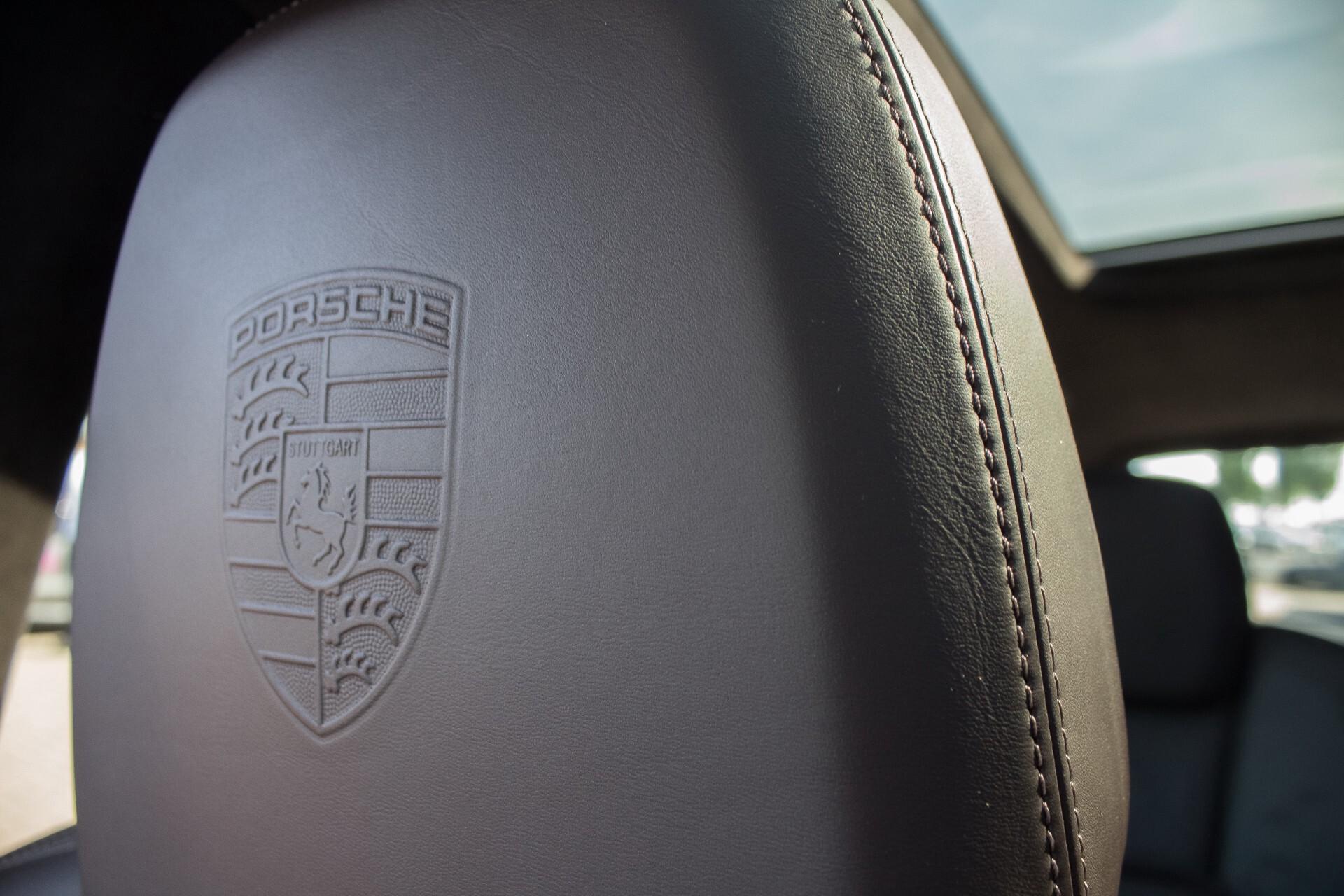 Porsche Cayenne 4.8 Turbo Exclusive/Panorama/Bose/21''/Sportstoelen Aut8 Foto 26