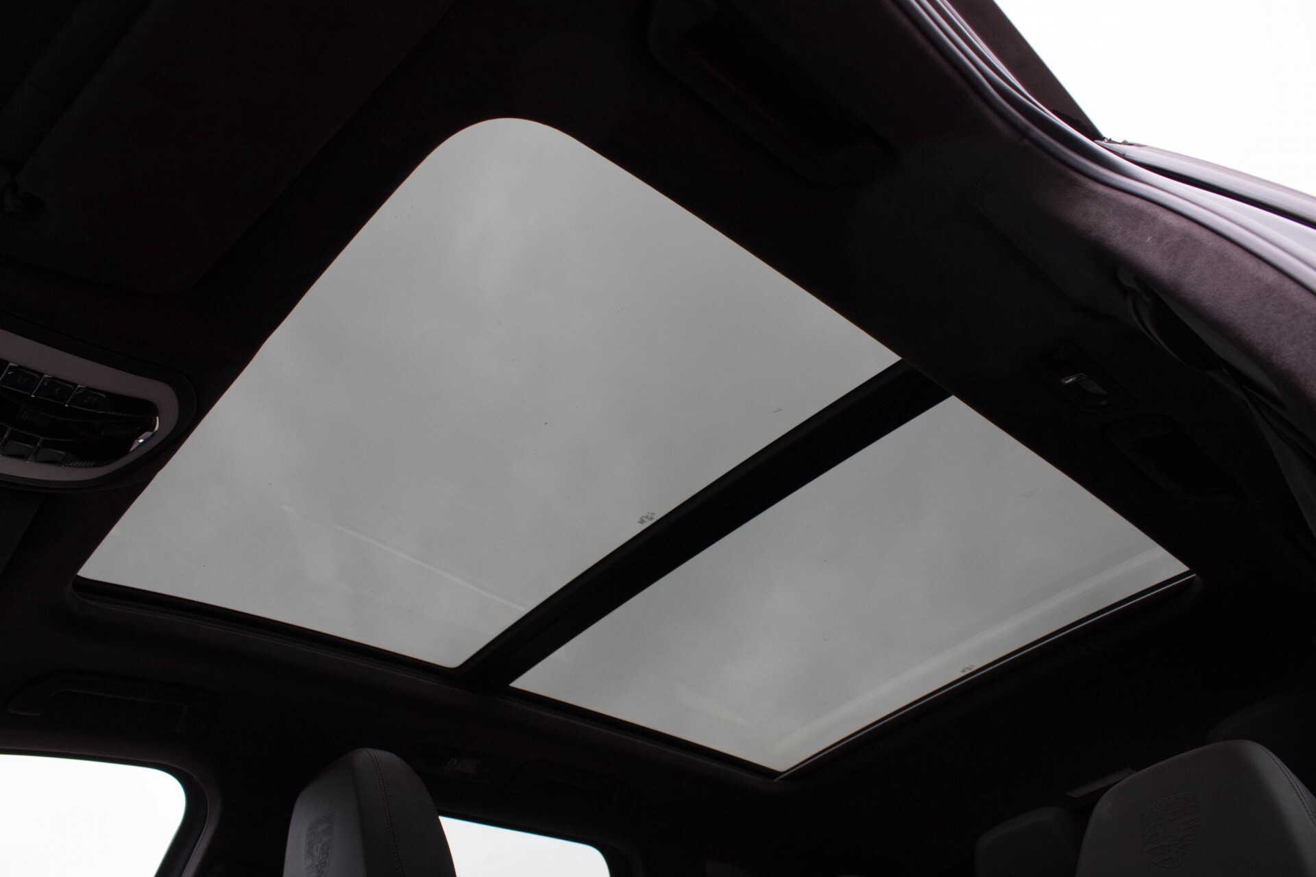 Porsche Cayenne 4.8 Turbo Exclusive/Panorama/Bose/21''/Sportstoelen Aut8 Foto 33