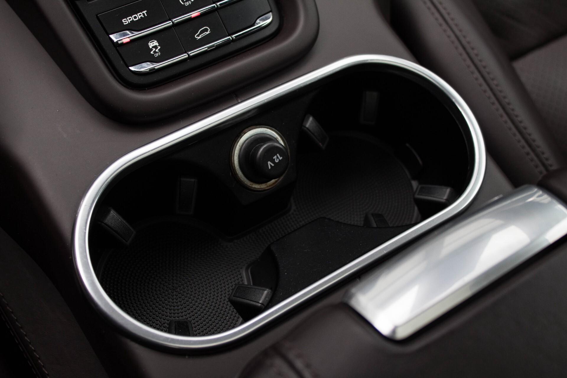 Porsche Cayenne 4.8 Turbo Exclusive/Panorama/Bose/21''/Sportstoelen Aut8 Foto 34