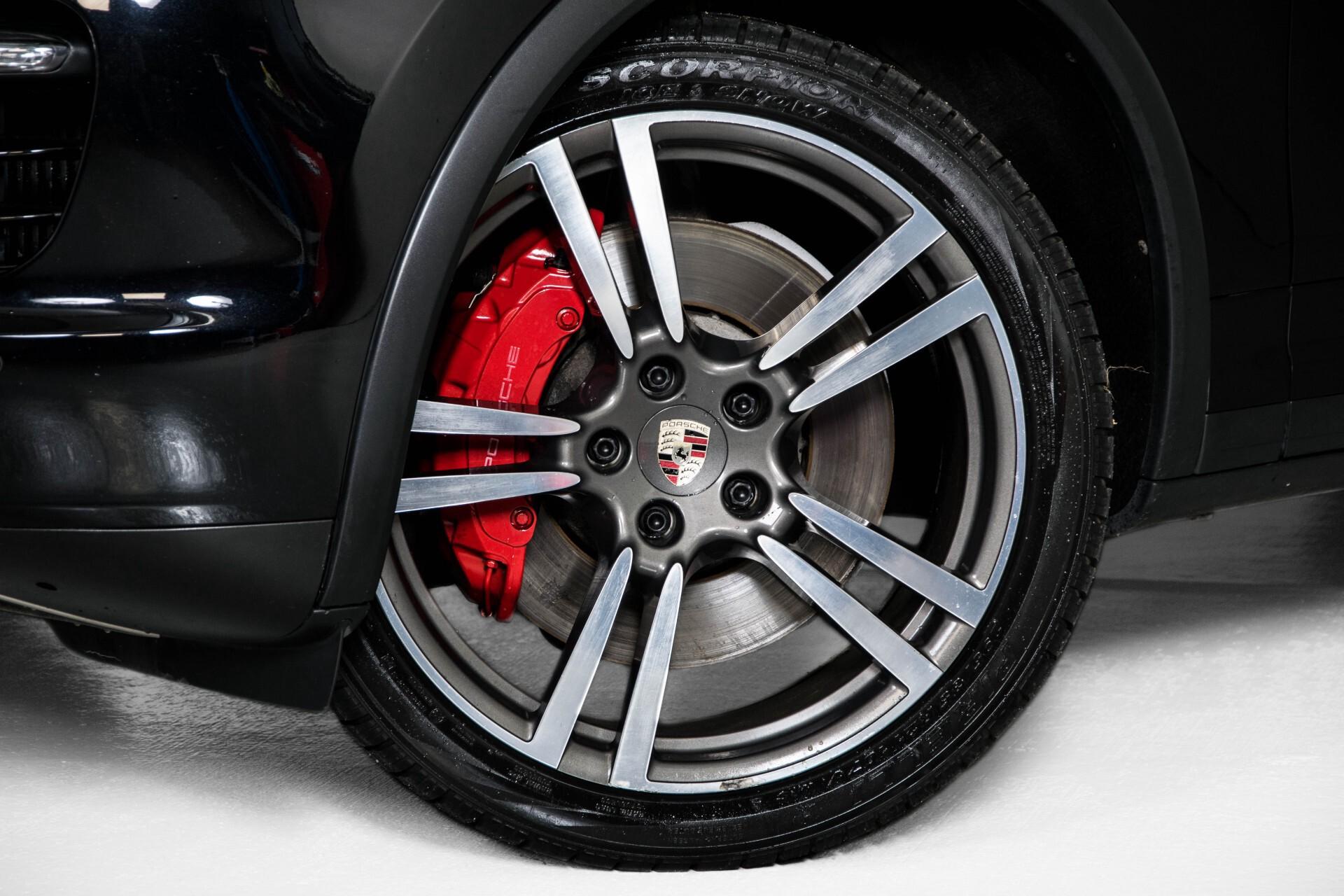 Porsche Cayenne 4.8 Turbo Exclusive/Panorama/Bose/21''/Sportstoelen Aut8 Foto 37