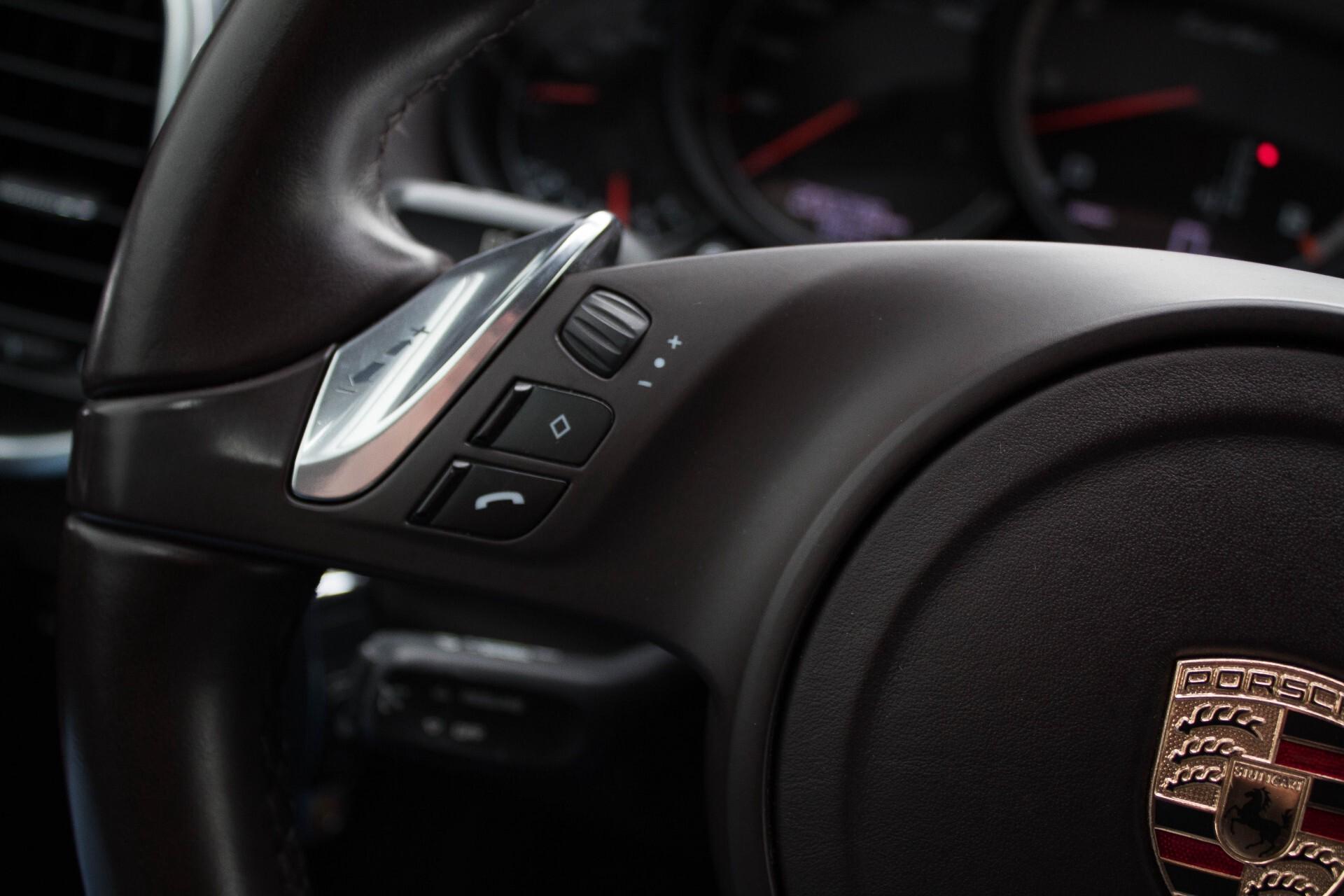 Porsche Cayenne 4.8 Turbo Exclusive/Panorama/Bose/21''/Sportstoelen Aut8 Foto 9