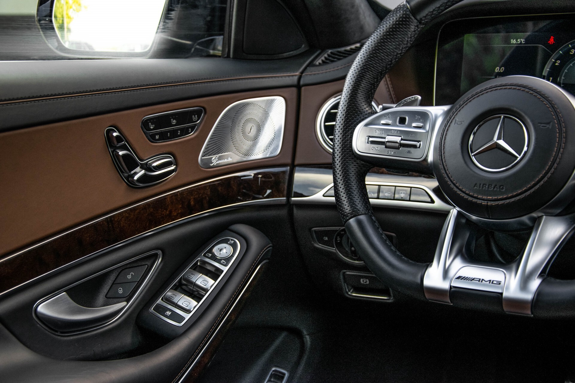 Mercedes-Benz S-Klasse 560 4-M Lang AMG Plus Exclusive Entertainment/Massage Aut9 Foto 19