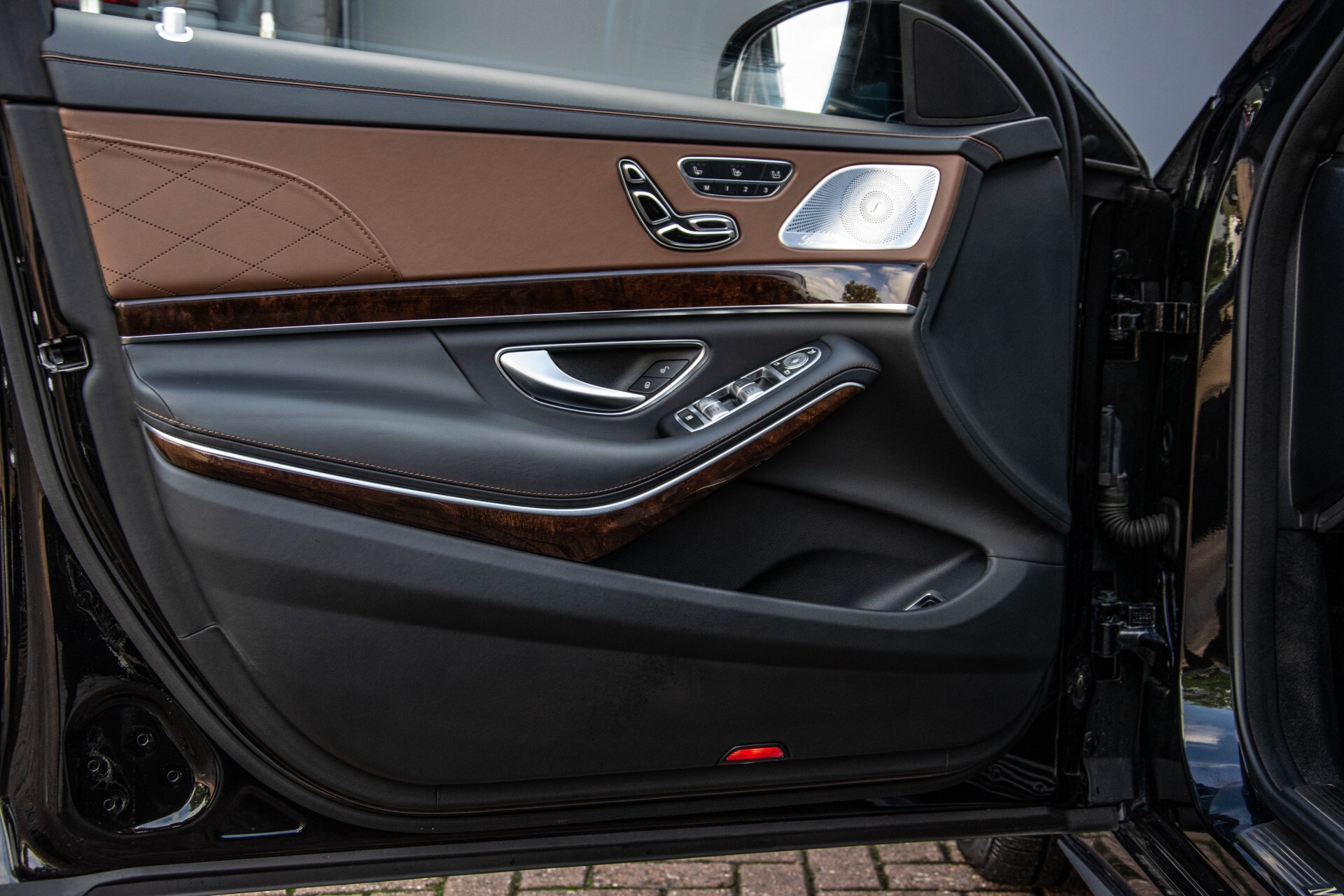 Mercedes-Benz S-Klasse 560 4-M Lang AMG Plus Exclusive Entertainment/Massage Aut9 Foto 30