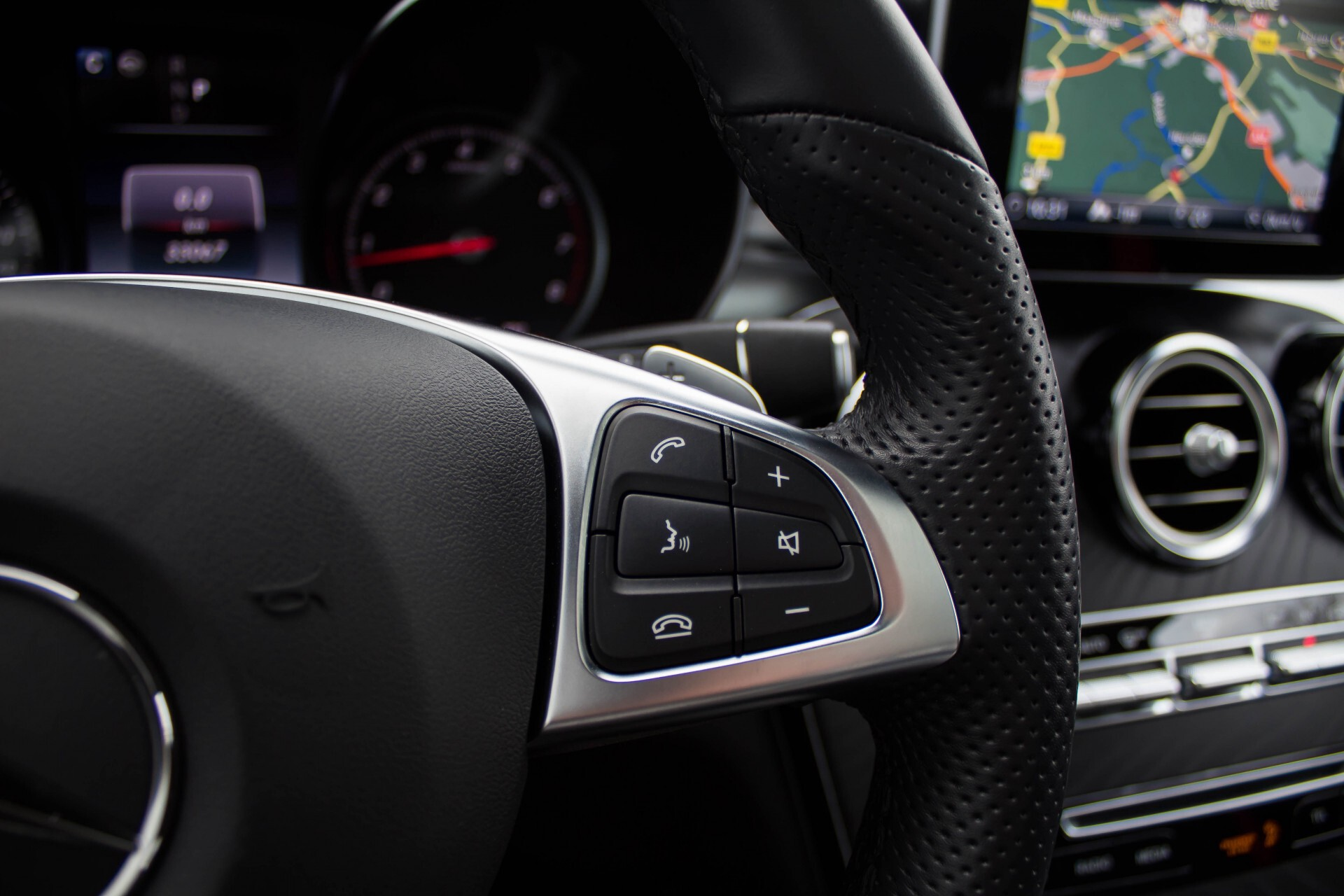 Mercedes-Benz GLC-Klasse 300 4-M AMG Panorama Distronic/Keyless/Burmester/Memory/Night Aut9 Foto 13