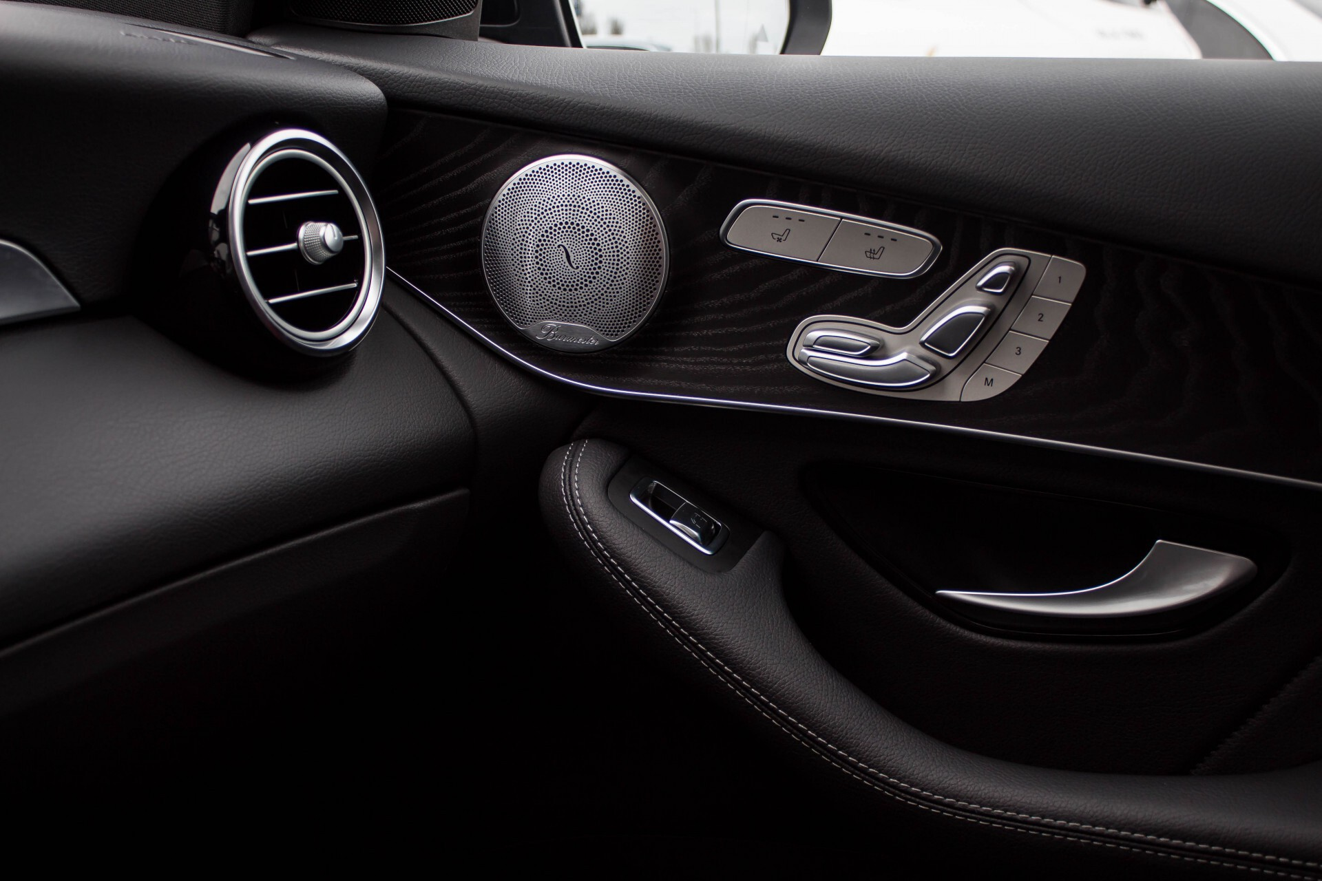 Mercedes-Benz GLC-Klasse 300 4-M AMG Panorama Distronic/Keyless/Burmester/Memory/Night Aut9 Foto 25