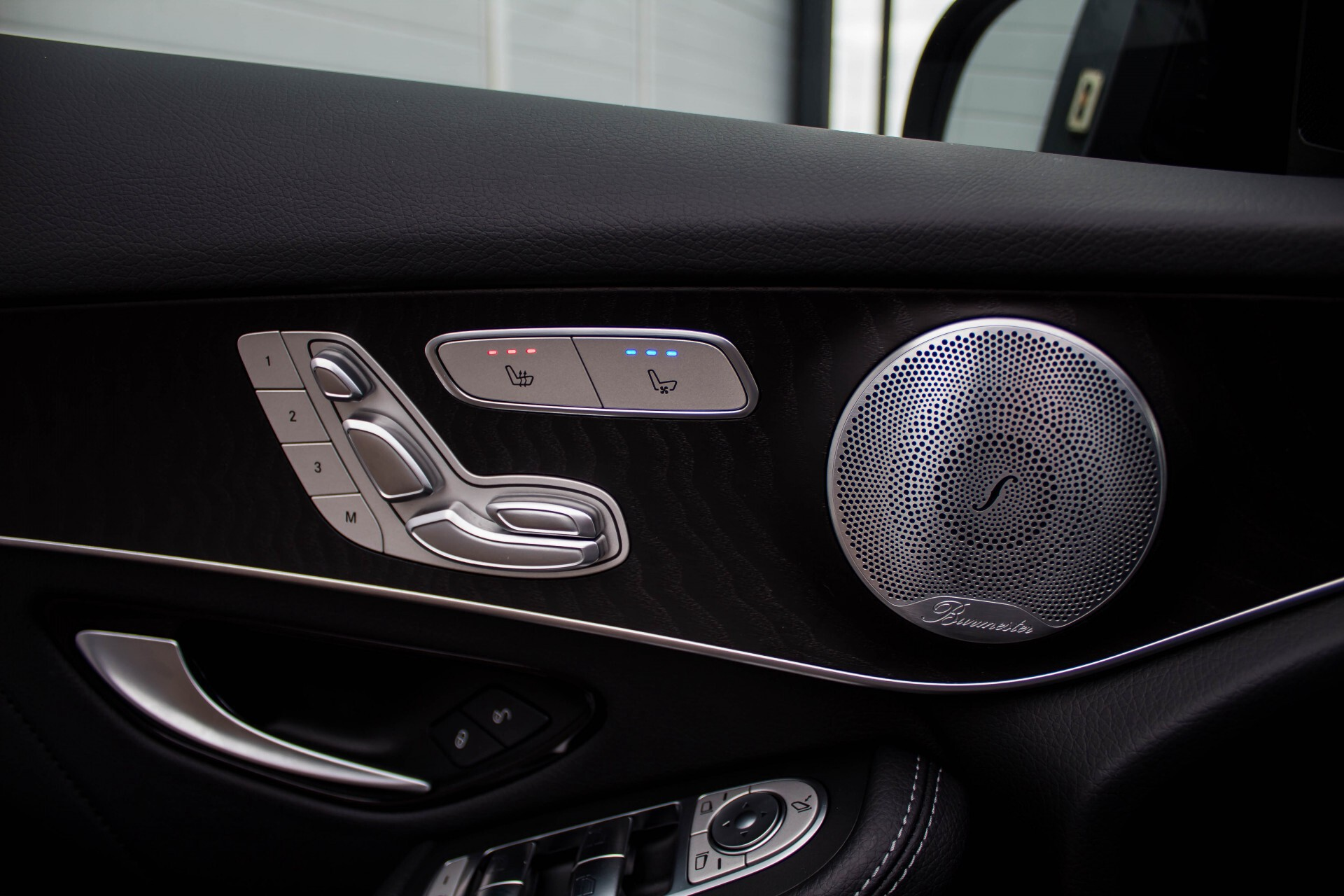 Mercedes-Benz GLC-Klasse 300 4-M AMG Panorama Distronic/Keyless/Burmester/Memory/Night Aut9 Foto 26