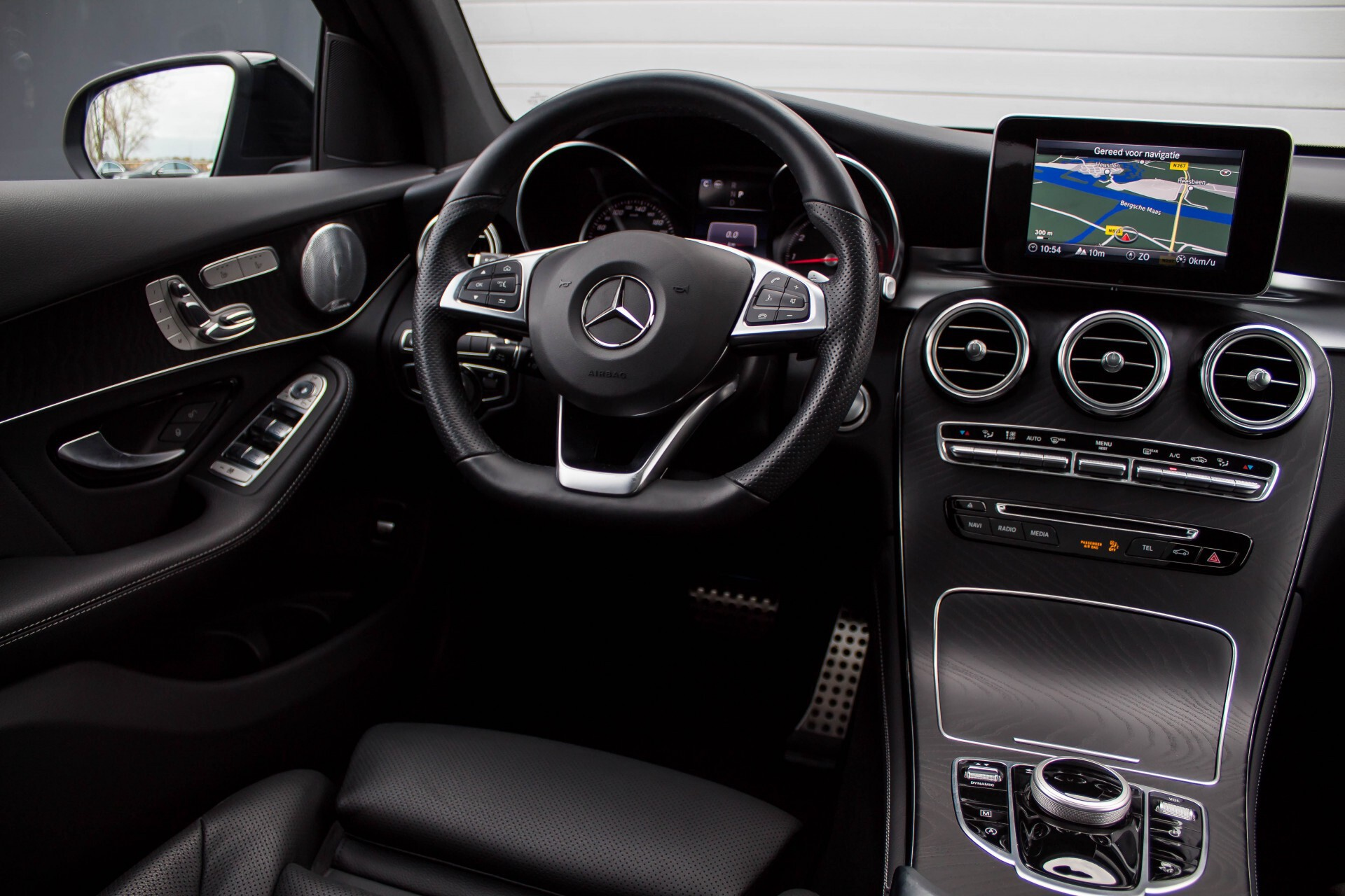 Mercedes-Benz GLC-Klasse 300 4-M AMG Panorama Distronic/Keyless/Burmester/Memory/Night Aut9 Foto 6