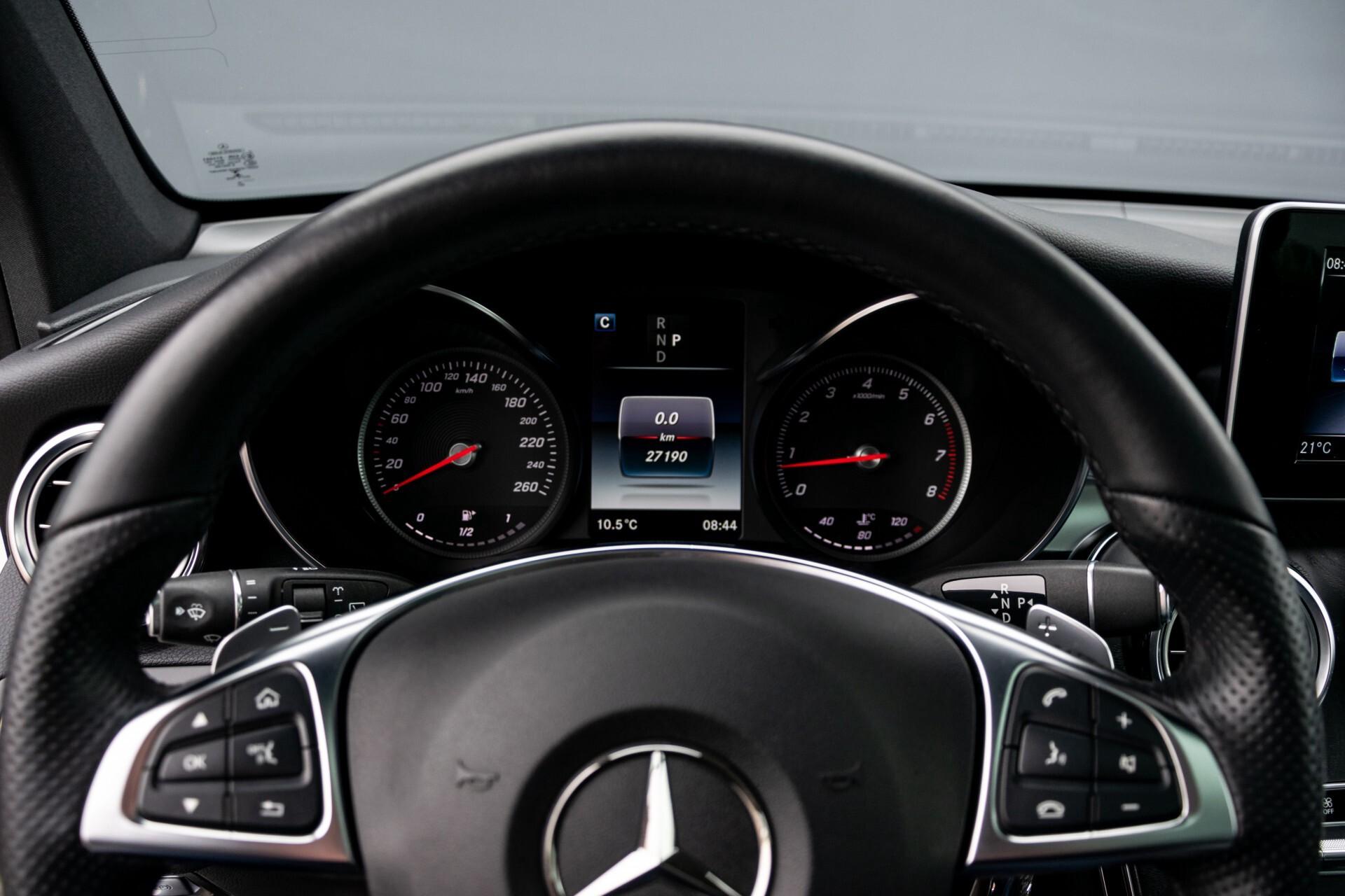 Mercedes-Benz GLC-Klasse 250 4-M AMG Night Panorama Burmester/Memory/DAB Aut9 Foto 12
