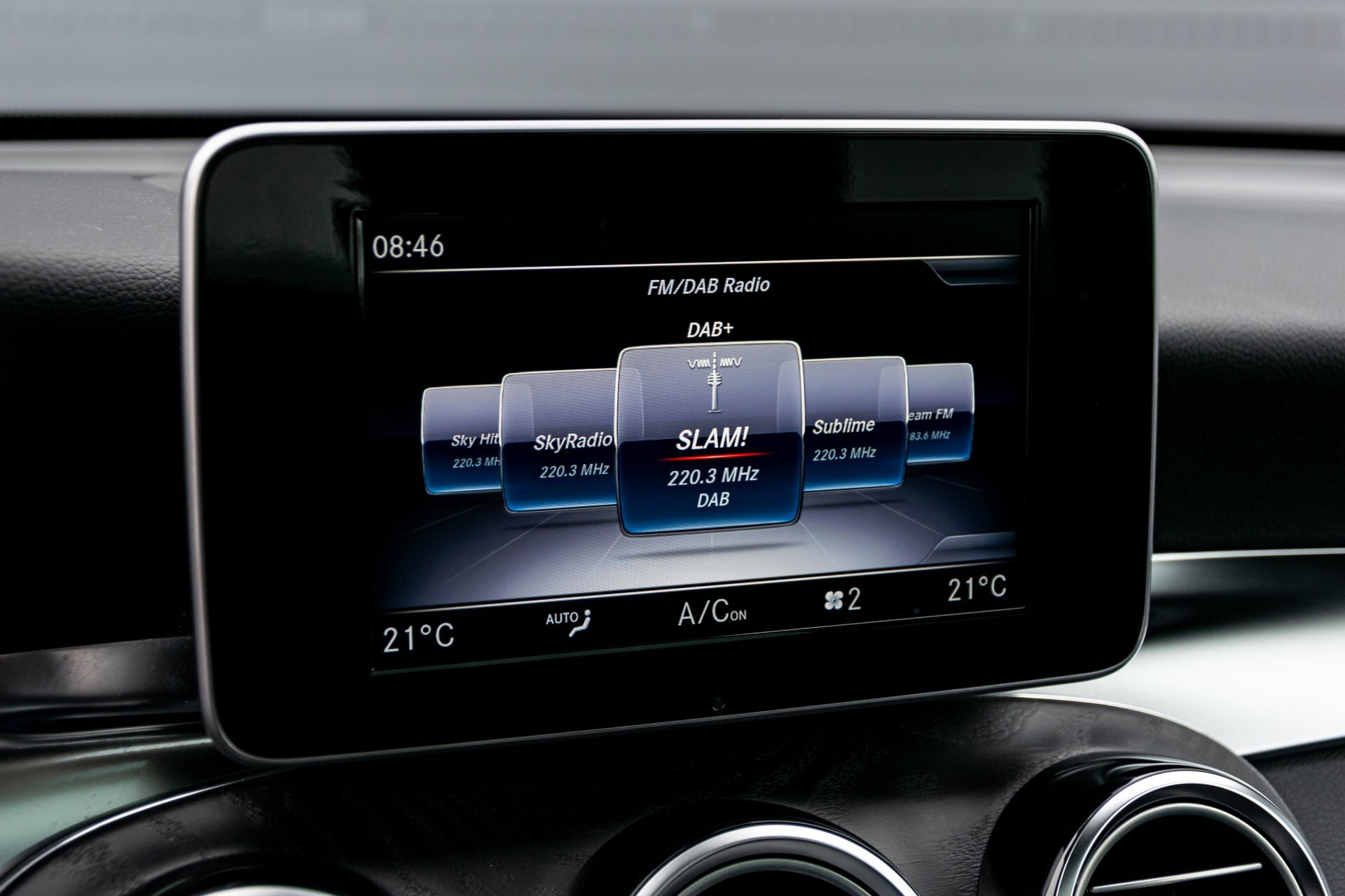 Mercedes-Benz GLC 250 4-M AMG Night Panorama Burmester/Memory/DAB Aut9 Foto 17