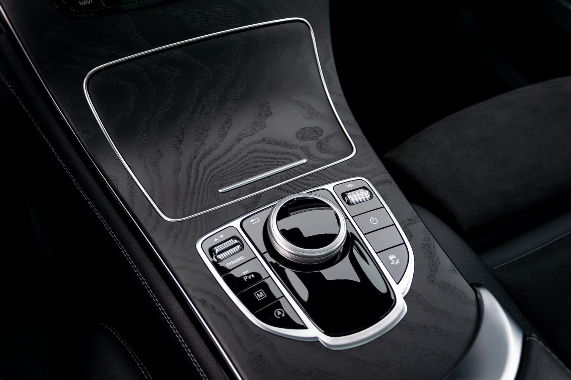 Mercedes-Benz GLC 250 4-M AMG Night Panorama Burmester/Memory/DAB Aut9 Foto 36
