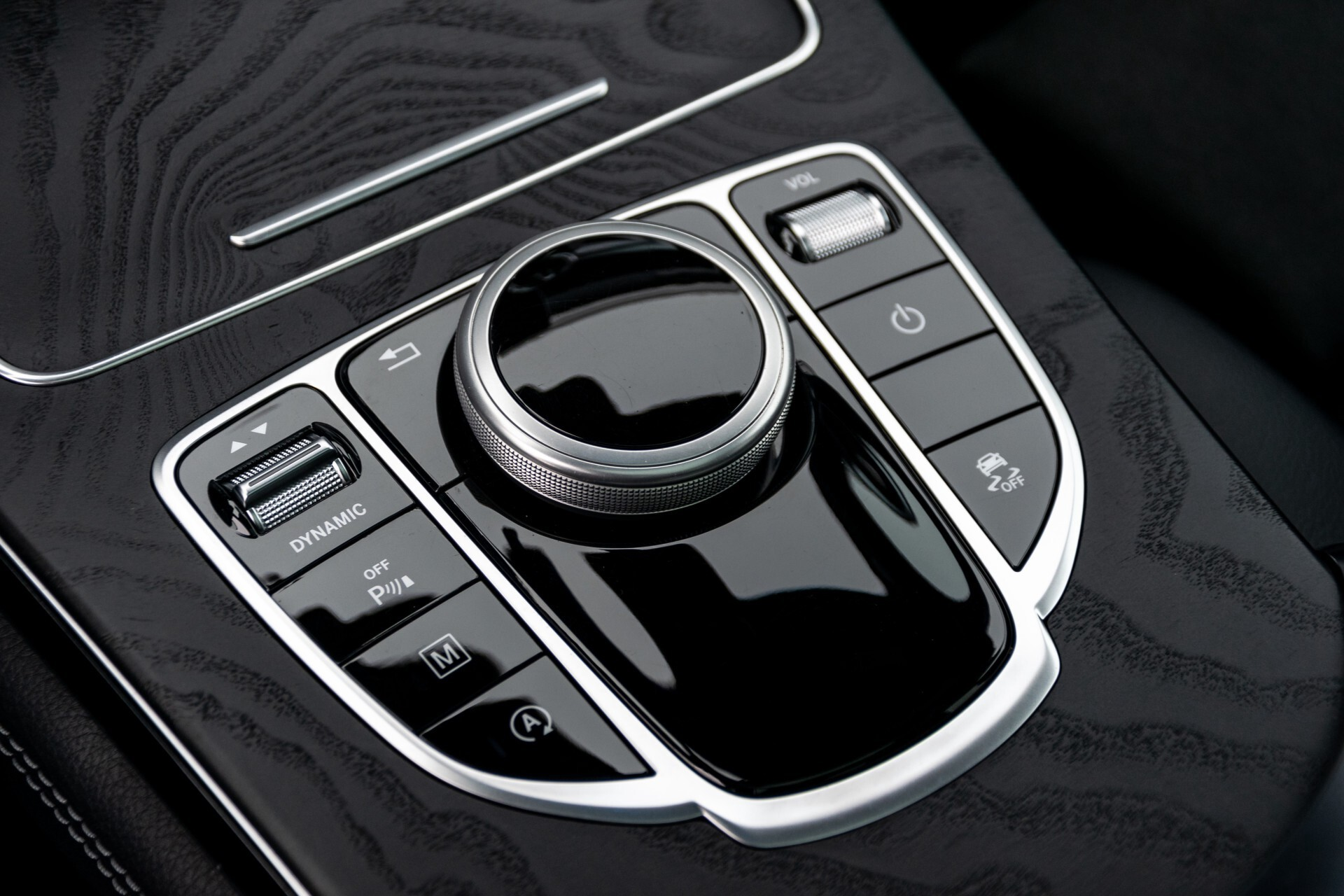 Mercedes-Benz GLC 250 4-M AMG Night Panorama Burmester/Memory/DAB Aut9 Foto 38