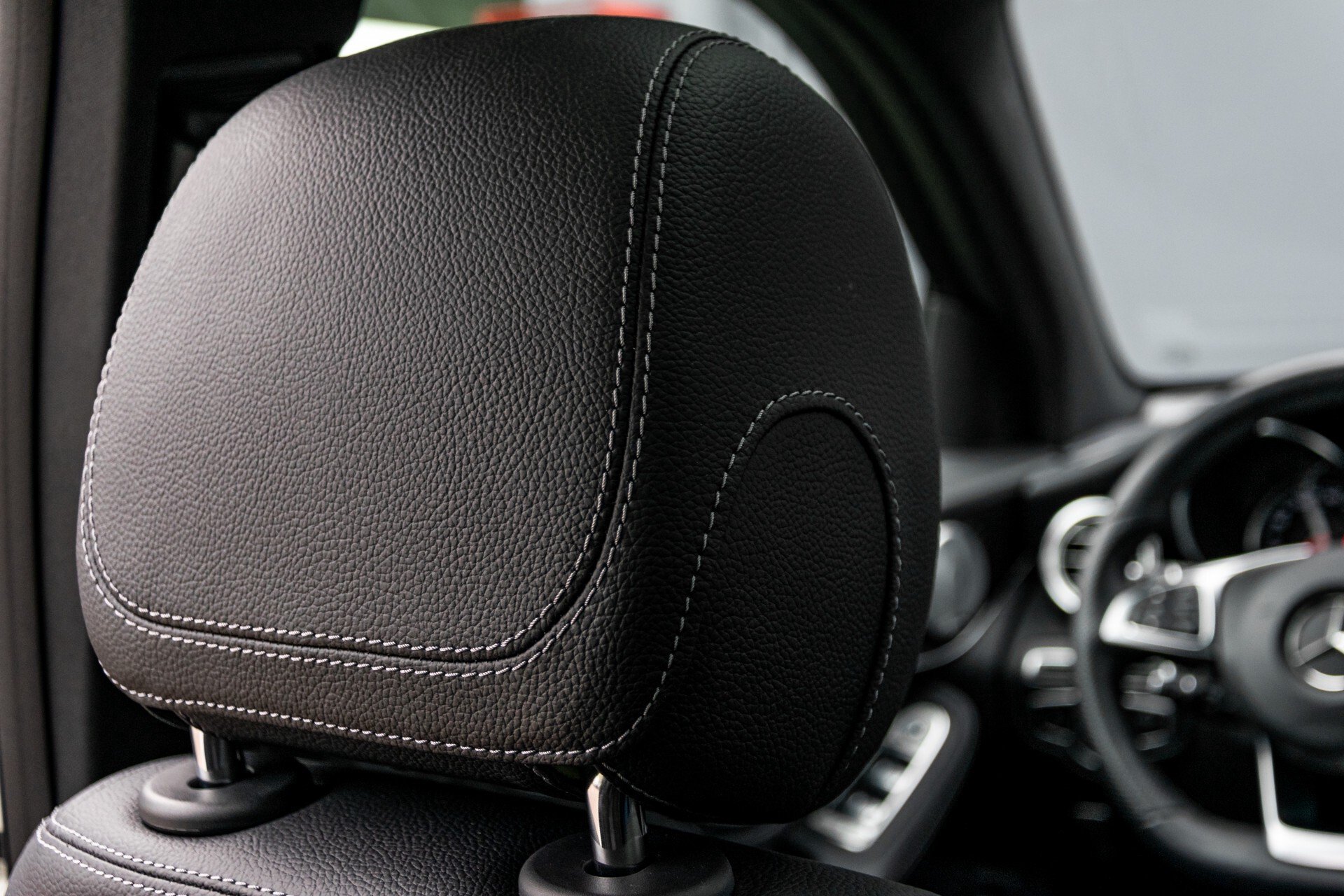 Mercedes-Benz GLC 250 4-M AMG Night Panorama Burmester/Memory/DAB Aut9 Foto 45