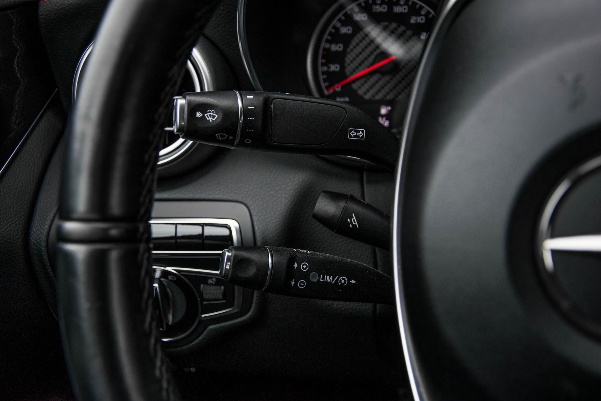 Mercedes-Benz C-Klasse 63 AMG Panorama Nappa/Spoorpakket/Camera/Performance stuur Aut7 Foto 10