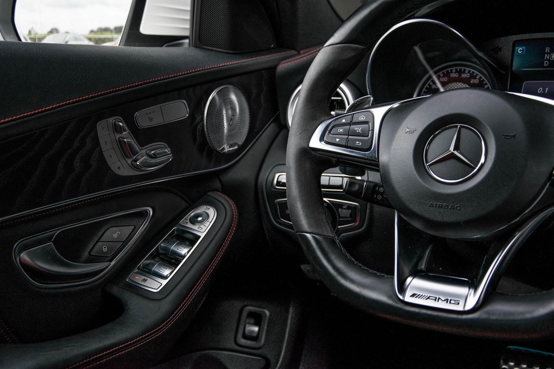 Mercedes-Benz C-Klasse 63 AMG Panorama Nappa/Spoorpakket/Camera/Performance stuur Aut7 Foto 17