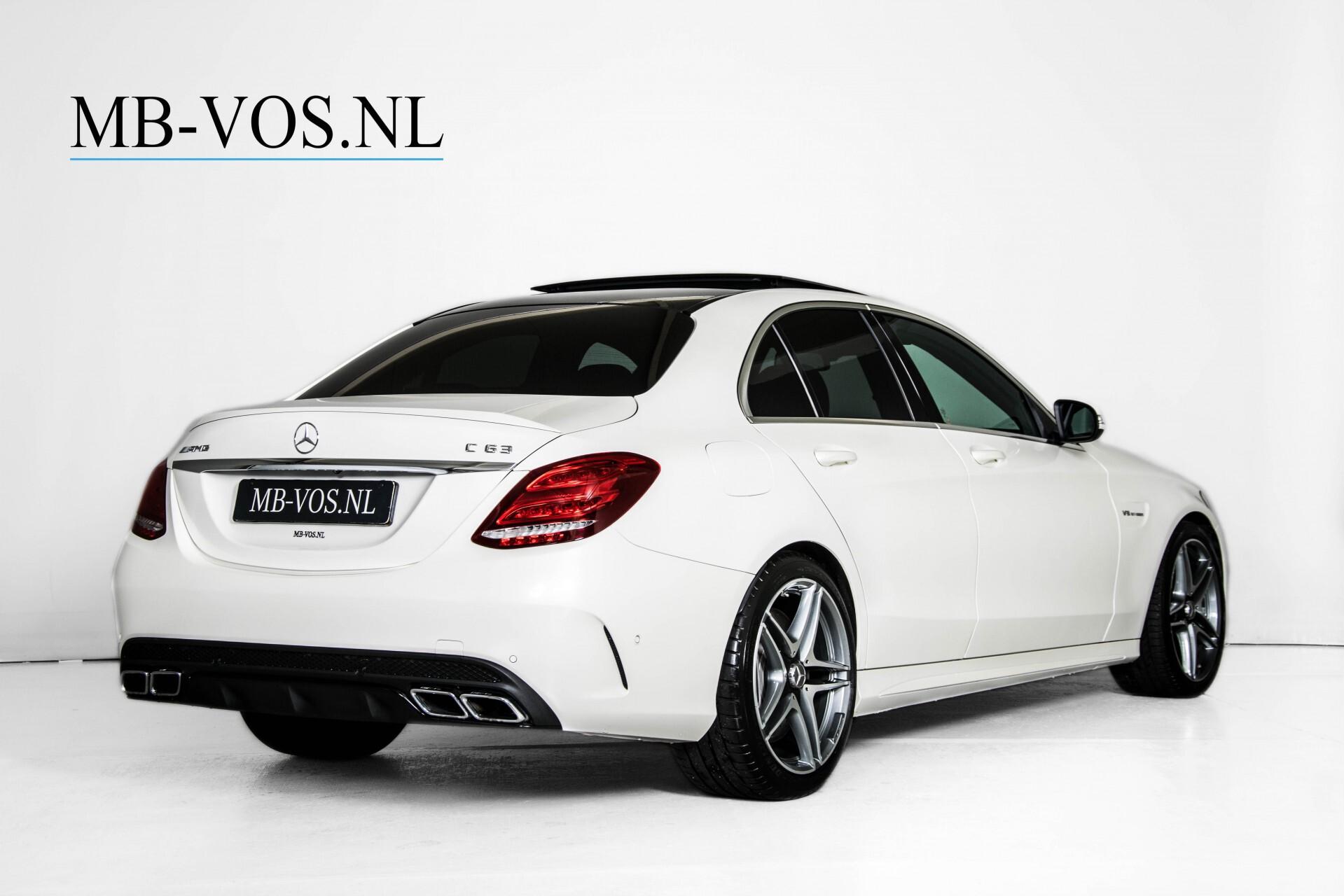 Mercedes-Benz C-Klasse 63 AMG Panorama Nappa/Spoorpakket/Camera/Performance stuur Aut7 Foto 2