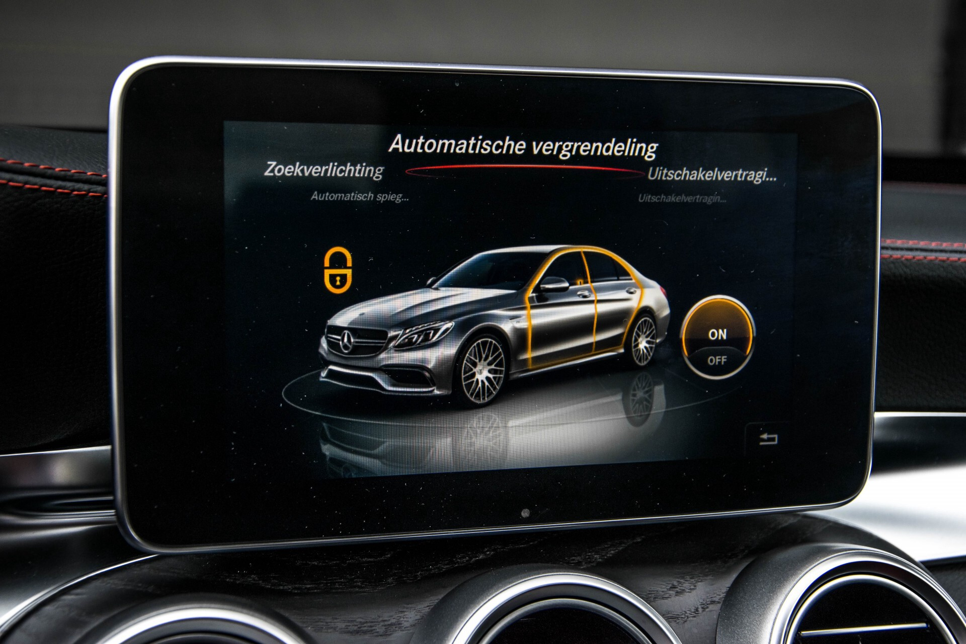 Mercedes-Benz C-Klasse 63 AMG Panorama Nappa/Spoorpakket/Camera/Performance stuur Aut7 Foto 26