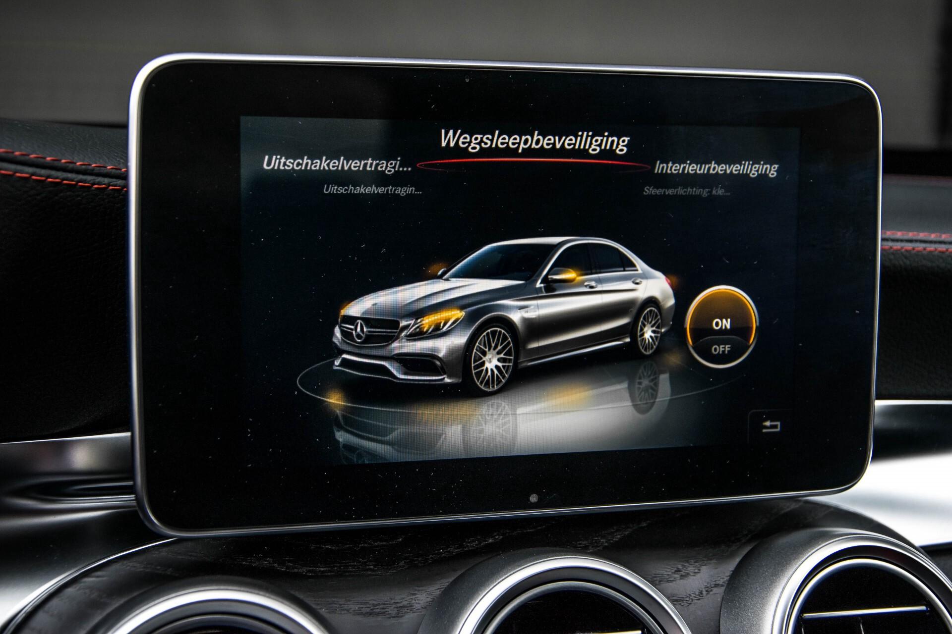 Mercedes-Benz C-Klasse 63 AMG Panorama Nappa/Spoorpakket/Camera/Performance stuur Aut7 Foto 28
