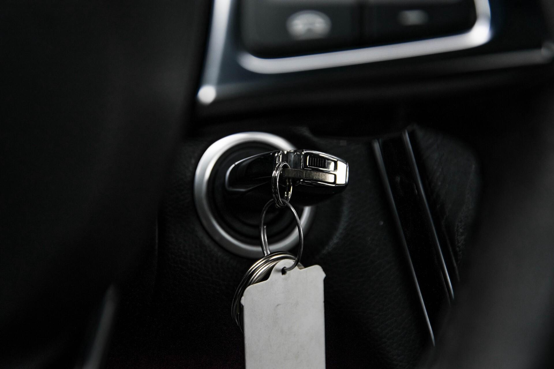 Mercedes-Benz C-Klasse 63 AMG Panorama Nappa/Spoorpakket/Camera/Performance stuur Aut7 Foto 46