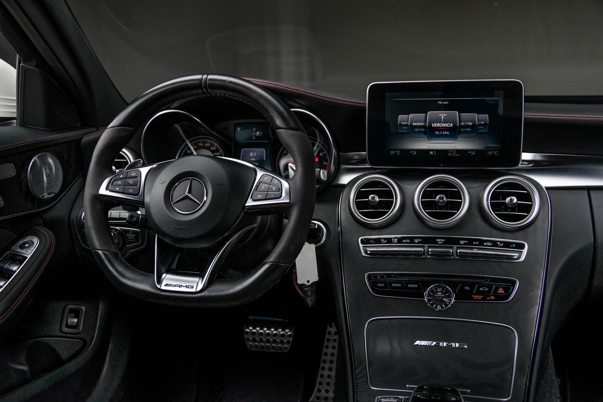 Mercedes-Benz C-Klasse 63 AMG Panorama Nappa/Spoorpakket/Camera/Performance stuur Aut7 Foto 6