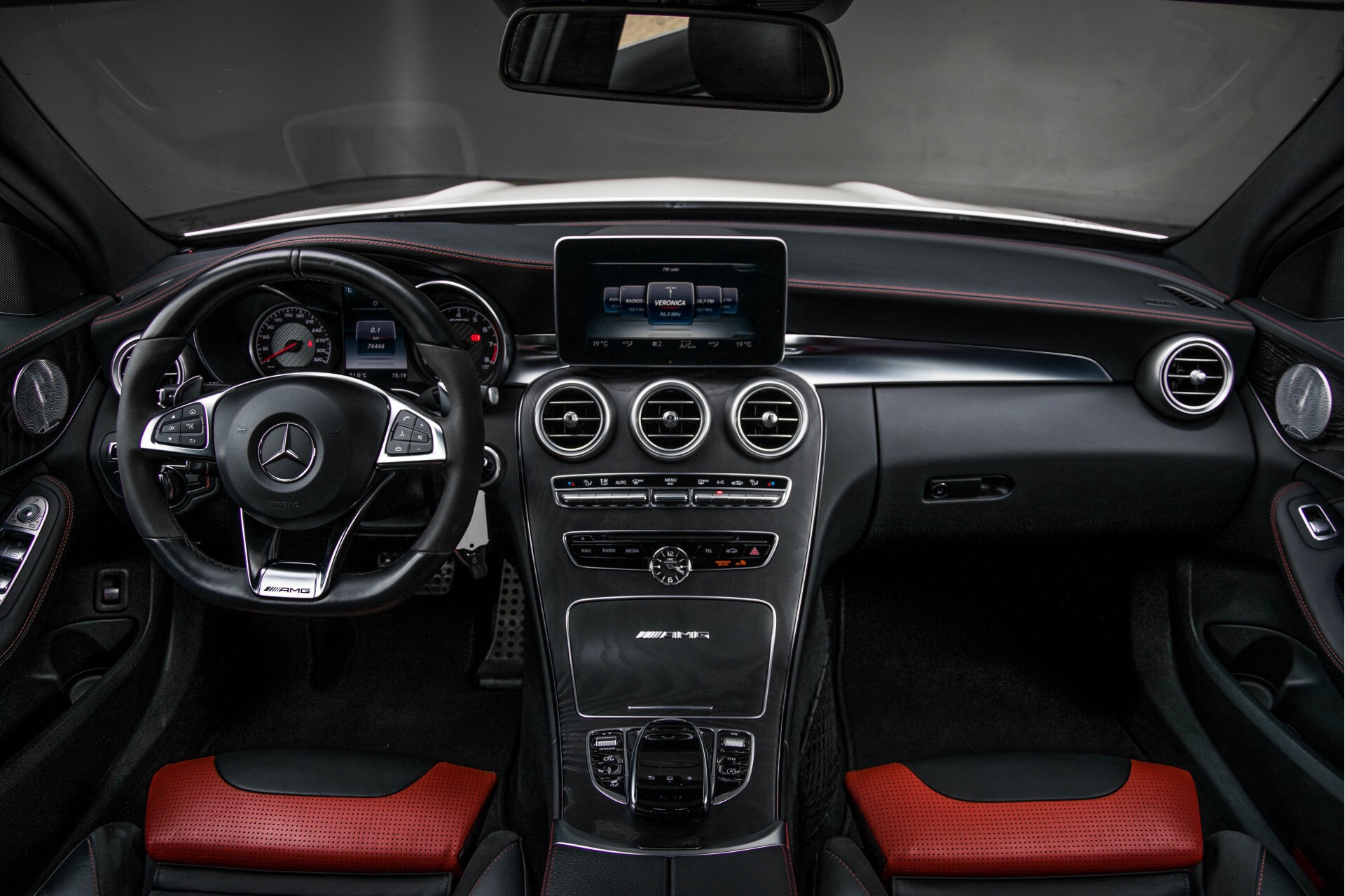 Mercedes-Benz C-Klasse 63 AMG Panorama Nappa/Spoorpakket/Camera/Performance stuur Aut7 Foto 7