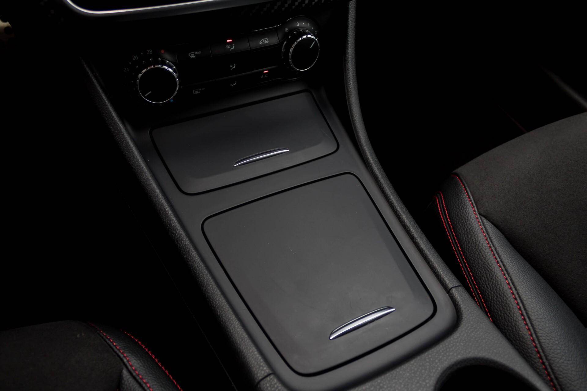 Mercedes-Benz A-Klasse 180 Cdi AMG Panorama Bi-xenon/Navi/PTS Aut7 Foto 19