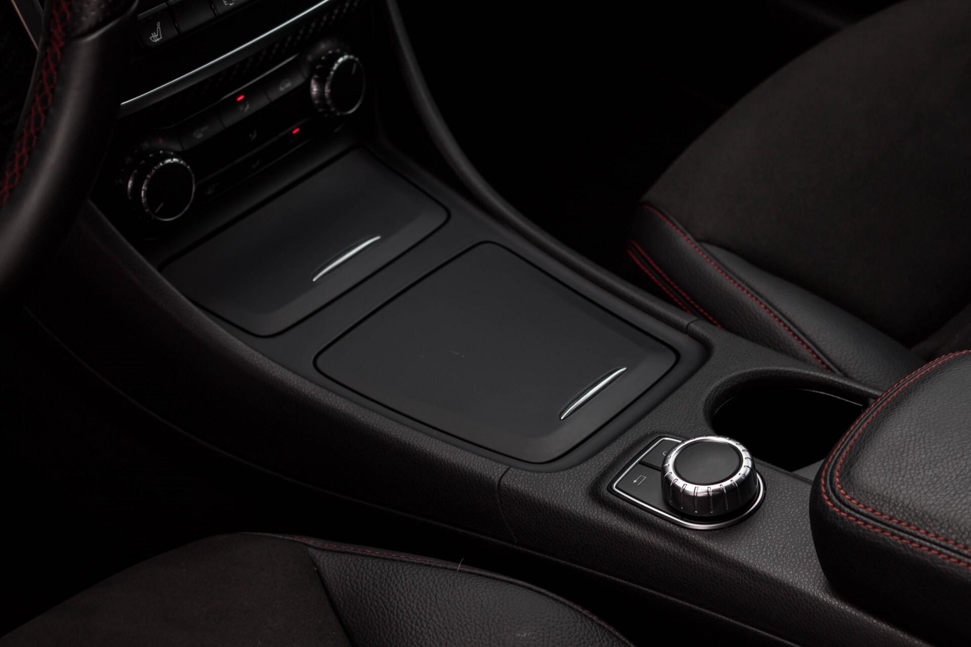 Mercedes-Benz A-Klasse 180 Cdi AMG Panorama Bi-xenon/Navi/PTS Aut7 Foto 22