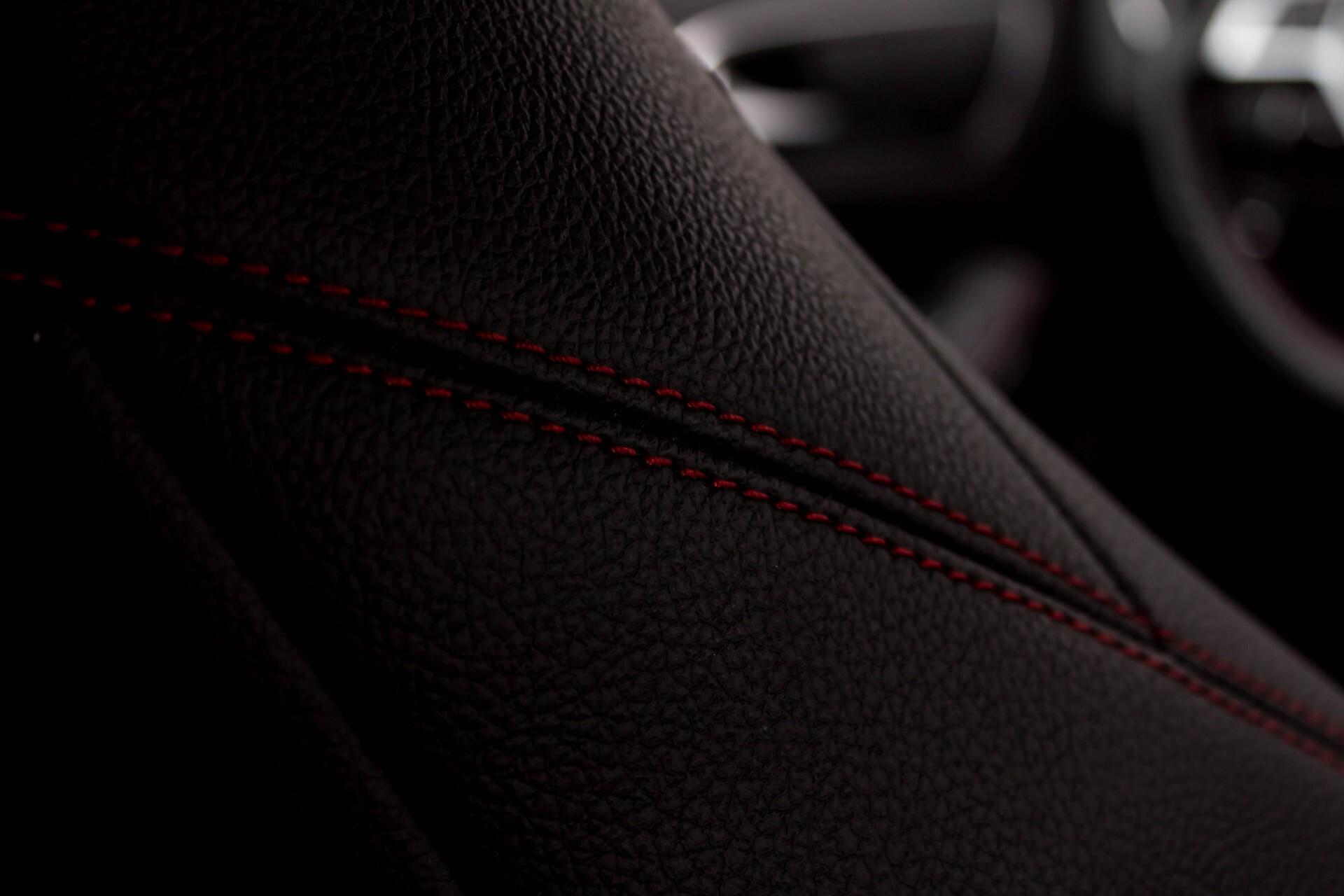 Mercedes-Benz A-Klasse 180 Cdi AMG Panorama Bi-xenon/Navi/PTS Aut7 Foto 27