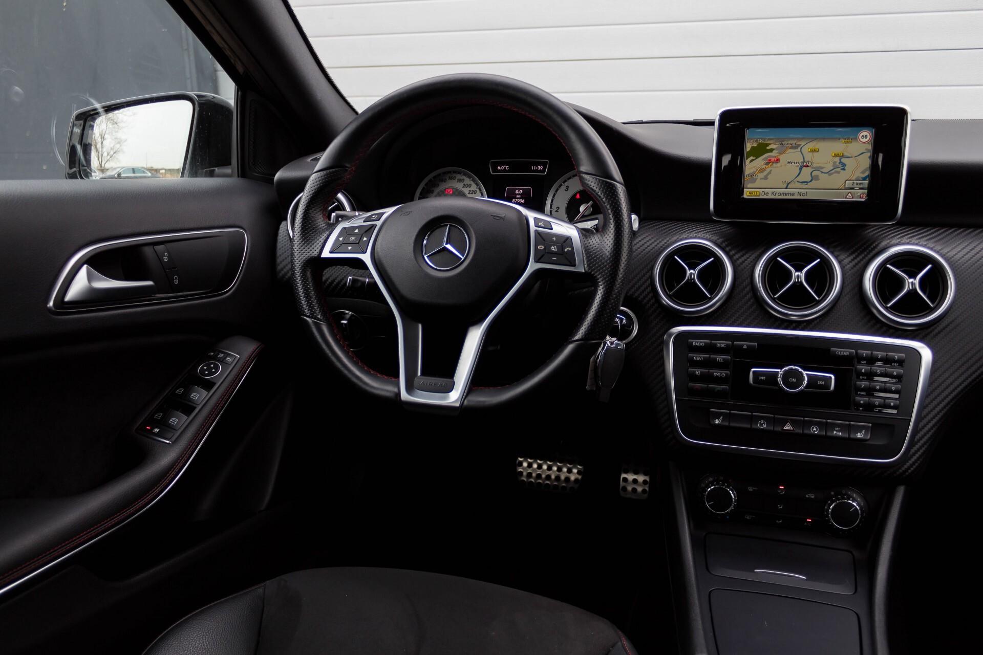 Mercedes-Benz A-Klasse 180 Cdi AMG Panorama Bi-xenon/Navi/PTS Aut7 Foto 6