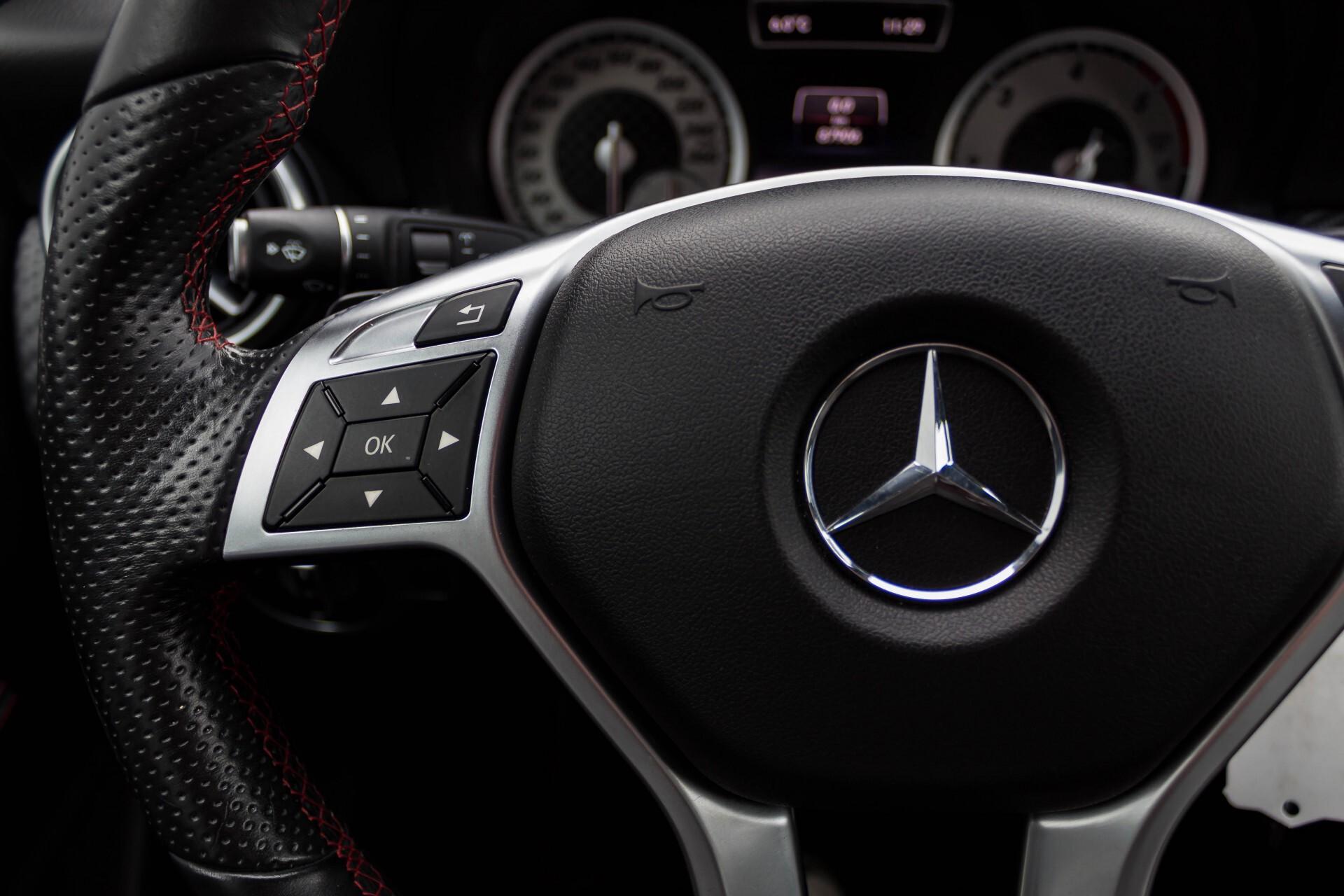 Mercedes-Benz A-Klasse 180 Cdi AMG Panorama Bi-xenon/Navi/PTS Aut7 Foto 9