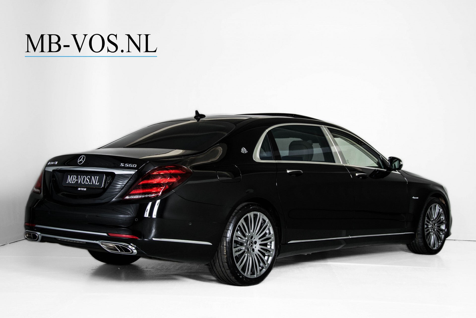Mercedes-Benz S-Klasse 560 Maybach 4-M Designo First Class Full Options Aut9 Foto 2