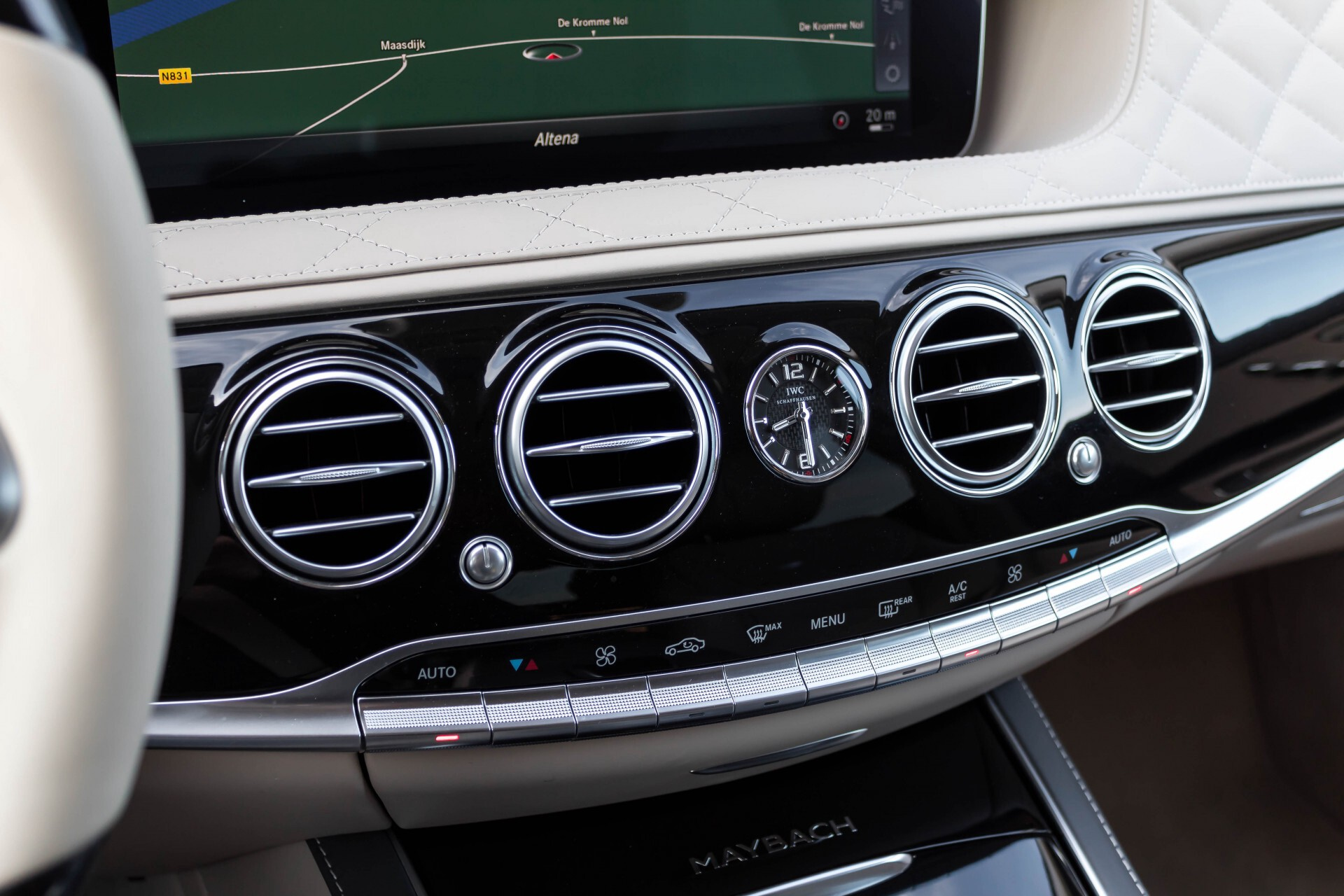 Mercedes-Benz S-Klasse 560 Maybach 4-M Designo First Class Full Options Aut9 Foto 22
