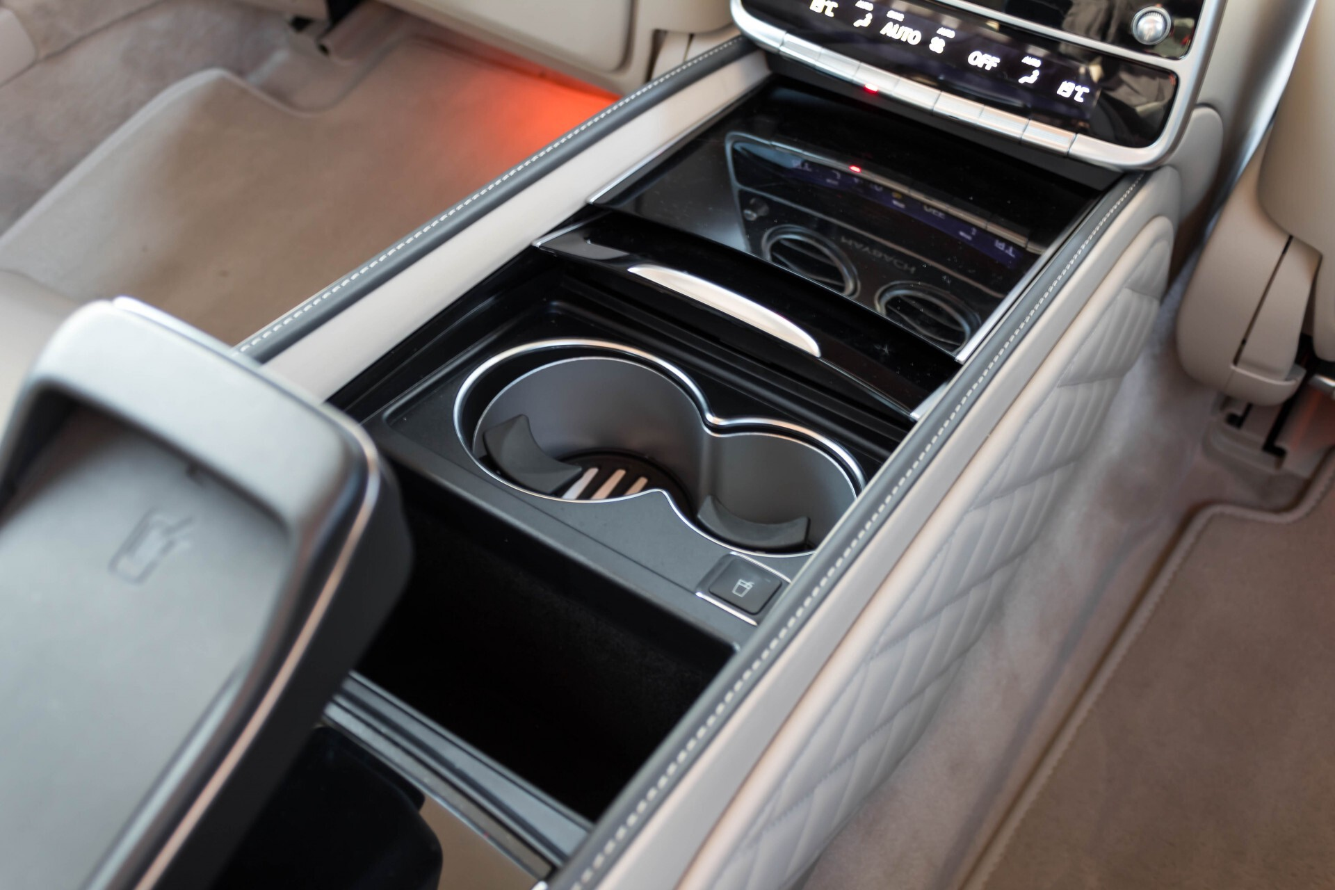 Mercedes-Benz S-Klasse 560 Maybach 4-M Designo First Class Full Options Aut9 Foto 65