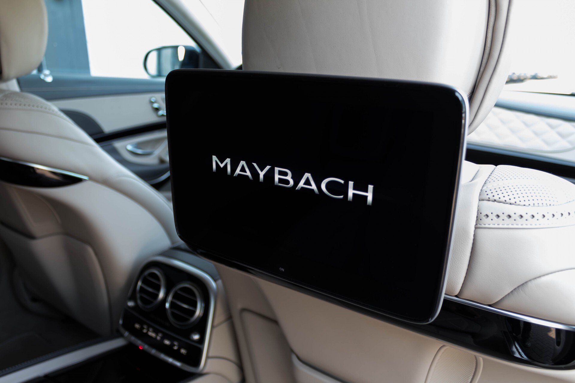 Mercedes-Benz S-Klasse 560 Maybach 4-M Designo First Class Full Options Aut9 Foto 71
