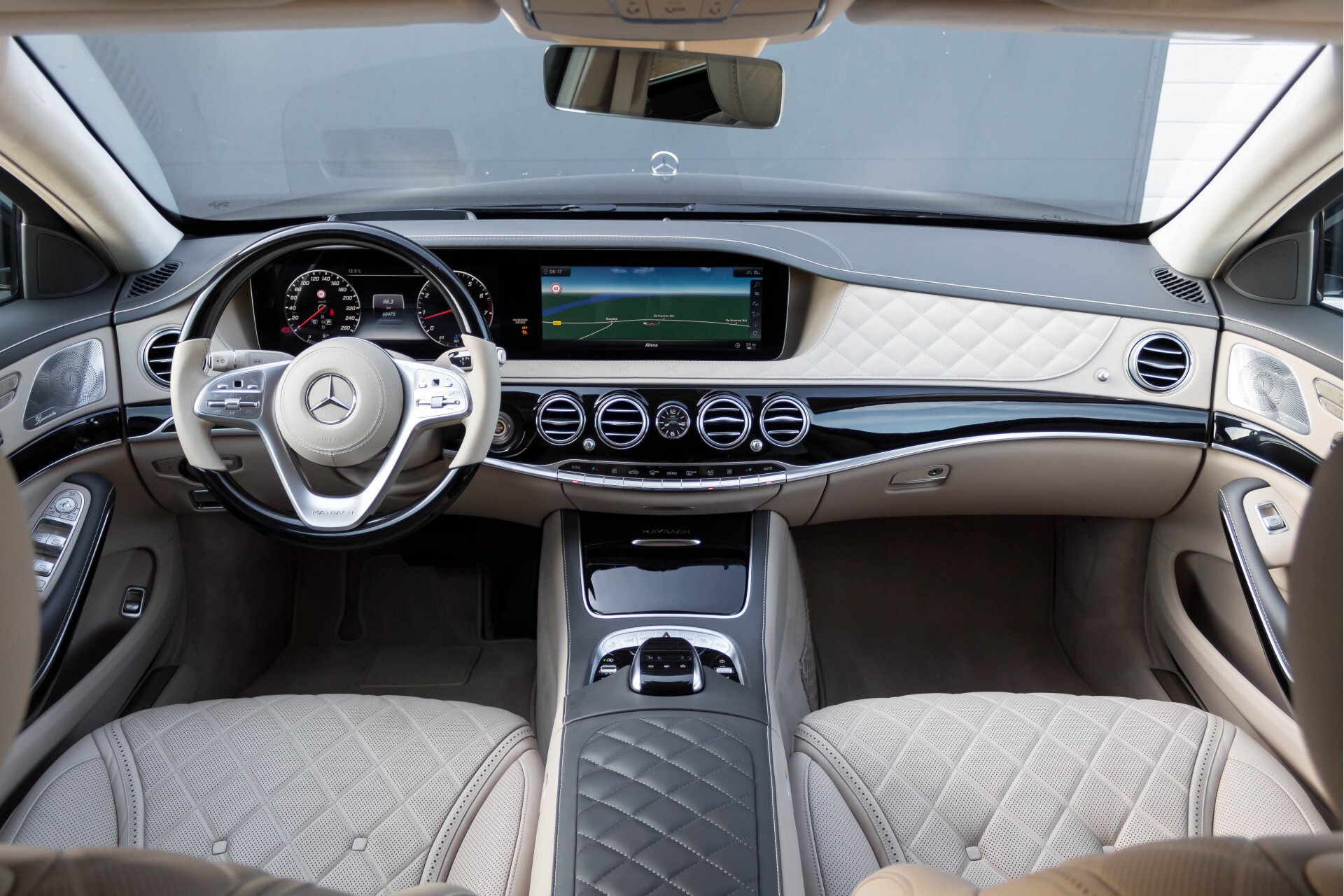 Mercedes-Benz S-Klasse 560 Maybach 4-M Designo First Class Full Options Aut9 Foto 9
