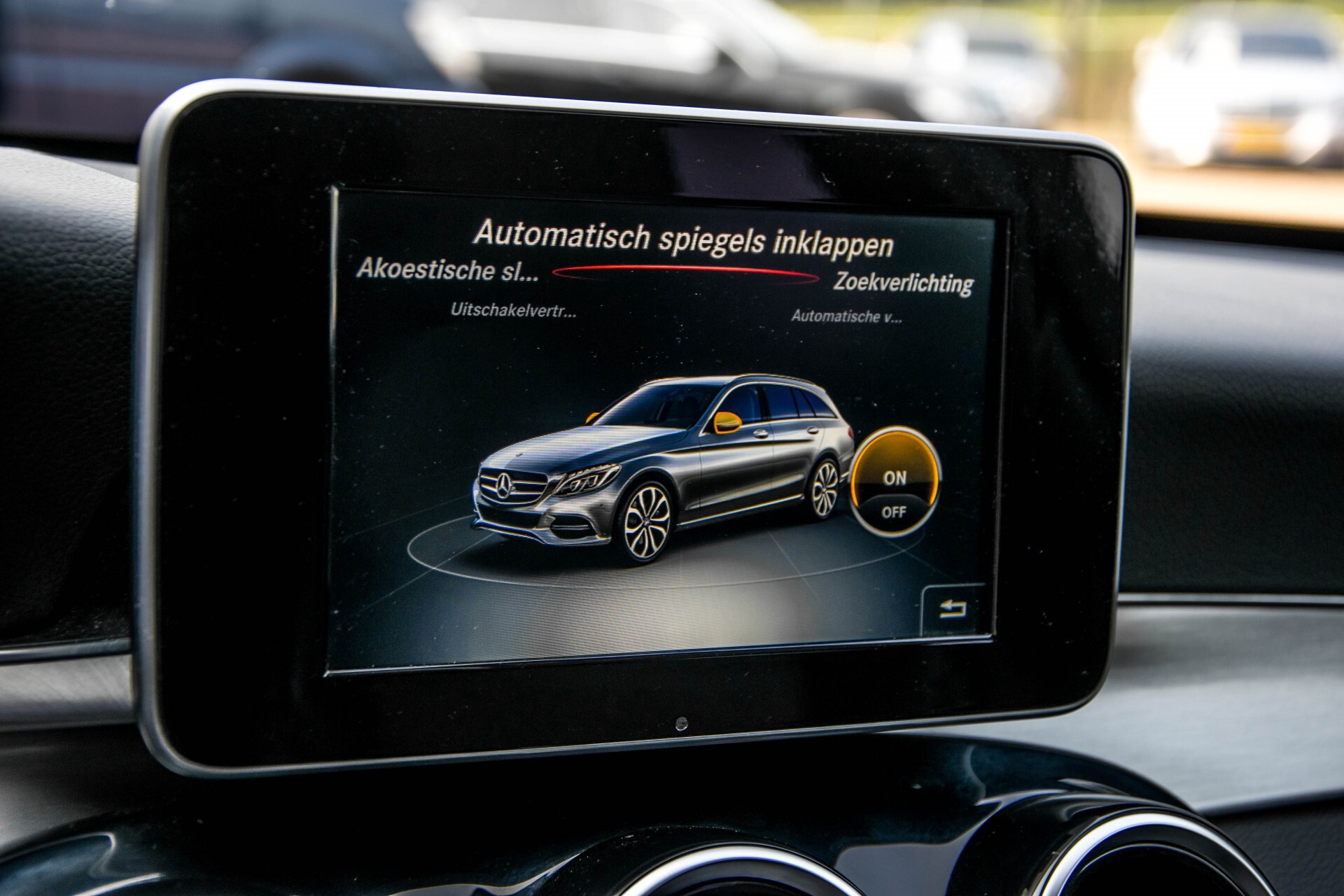Mercedes-Benz C-Klasse Estate 180 Avantgarde LED/Navi/Privacyglas/Pts/Aut-koffer Aut7 Foto 24