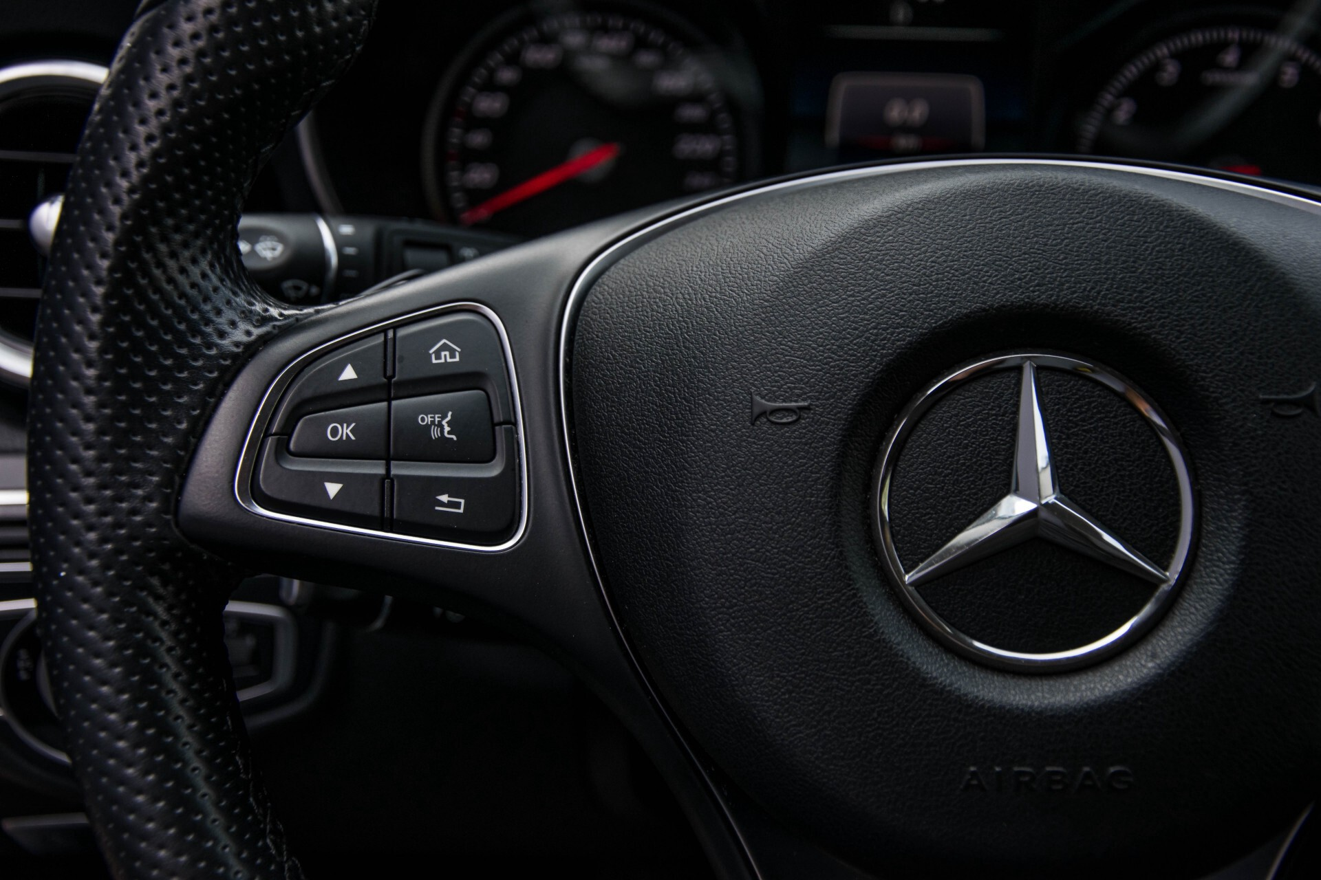 Mercedes-Benz C-Klasse Estate 180 Avantgarde LED/Navi/Privacyglas/Pts/Aut-koffer Aut7 Foto 9