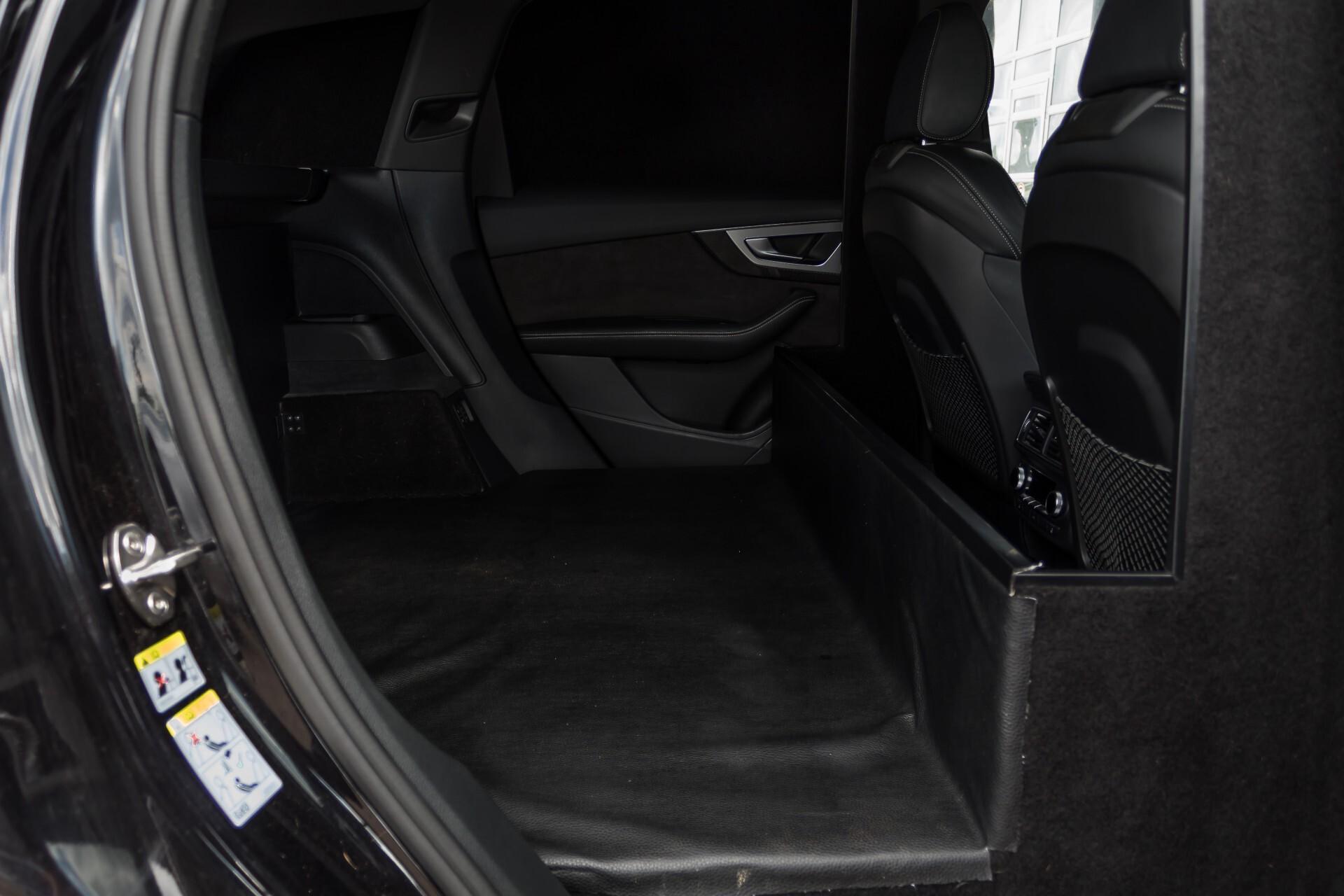 Audi SQ7 4.0 TDI 435pk Quattro Full Options Grijs Kenteken Aut8 Foto 4