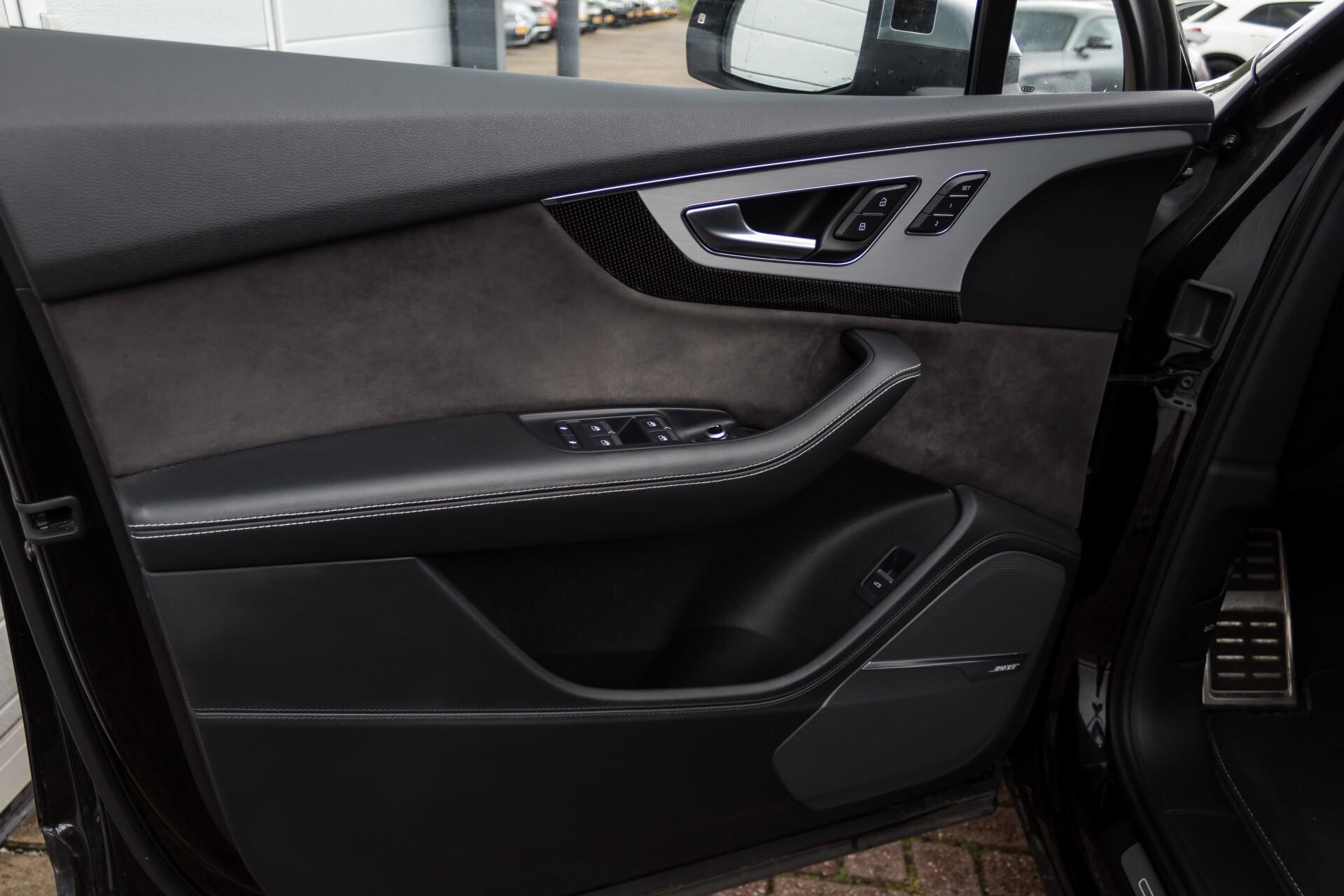 Audi SQ7 4.0 TDI 435pk Quattro Full Options Grijs Kenteken Aut8 Foto 40
