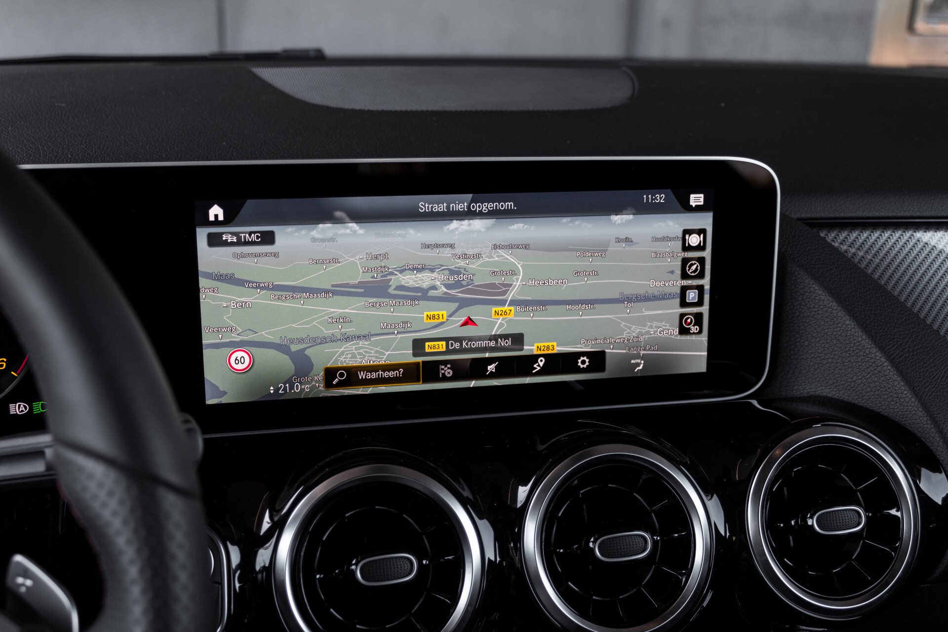 "Mercedes-Benz B-Klasse 180d AMG Widescreen/M-bux/LED/19"" Aut7 Foto 20"