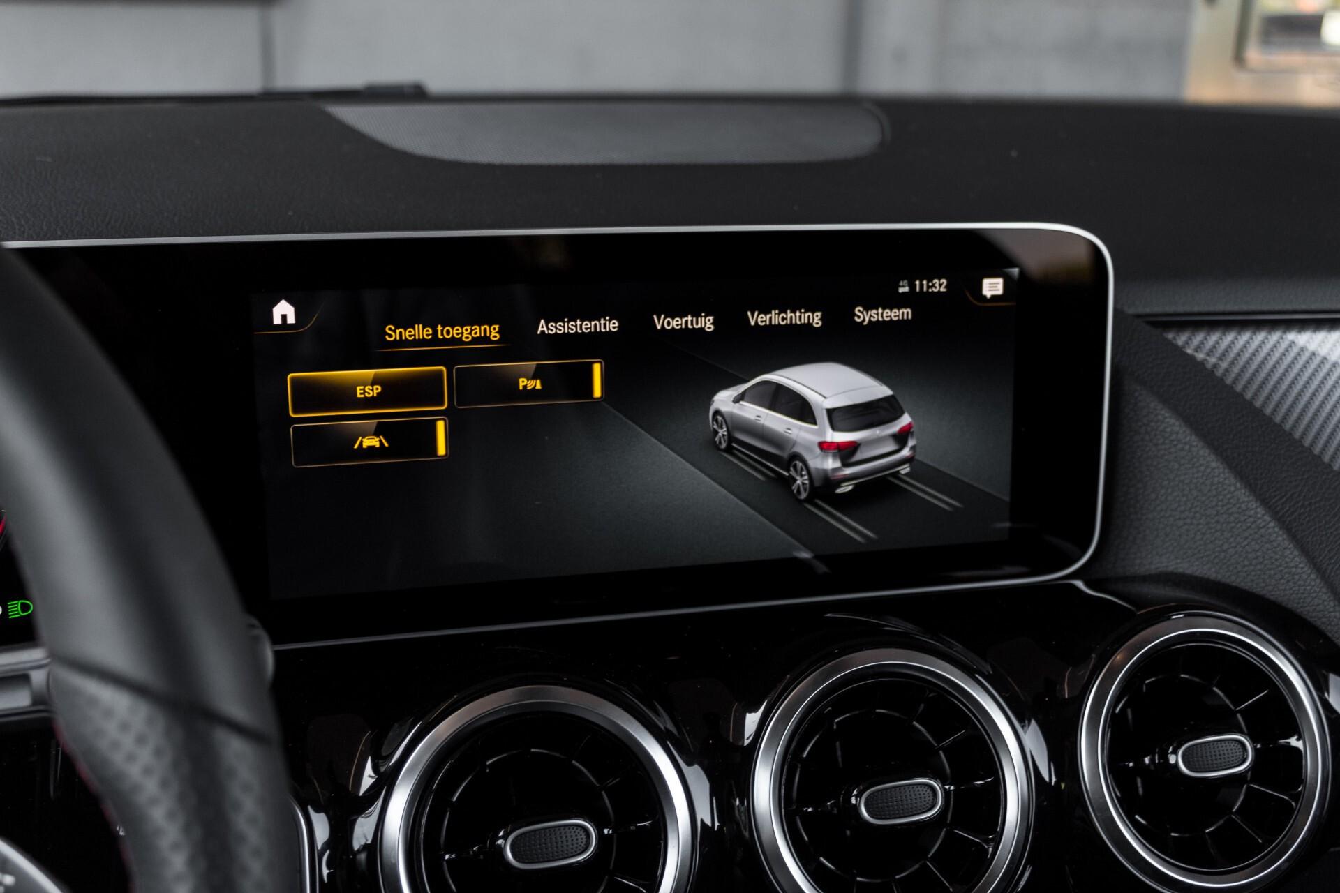 "Mercedes-Benz B-Klasse 180d AMG Widescreen/M-bux/LED/19"" Aut7 Foto 28"