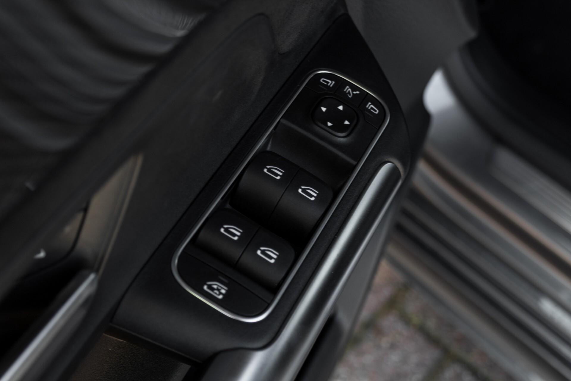 "Mercedes-Benz B-Klasse 180d AMG Widescreen/M-bux/LED/19"" Aut7 Foto 31"