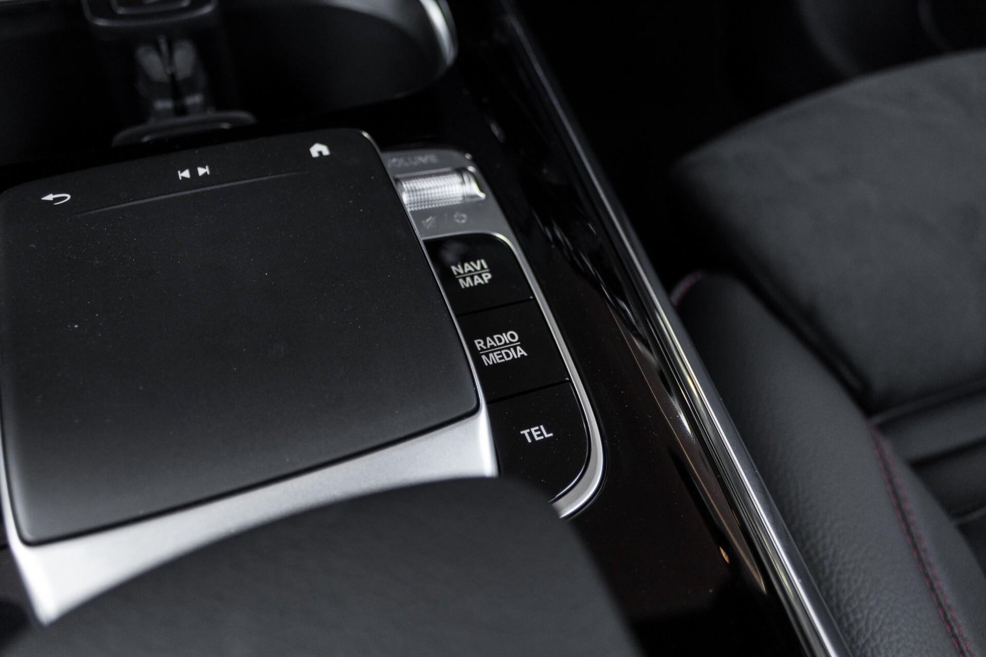 "Mercedes-Benz B-Klasse 180d AMG Widescreen/M-bux/LED/19"" Aut7 Foto 40"
