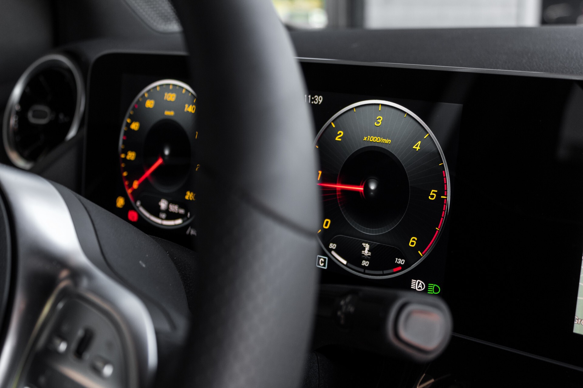 "Mercedes-Benz B-Klasse 180d AMG Widescreen/M-bux/LED/19"" Aut7 Foto 45"