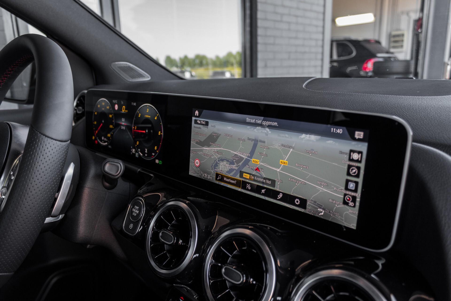 "Mercedes-Benz B-Klasse 180d AMG Widescreen/M-bux/LED/19"" Aut7 Foto 46"