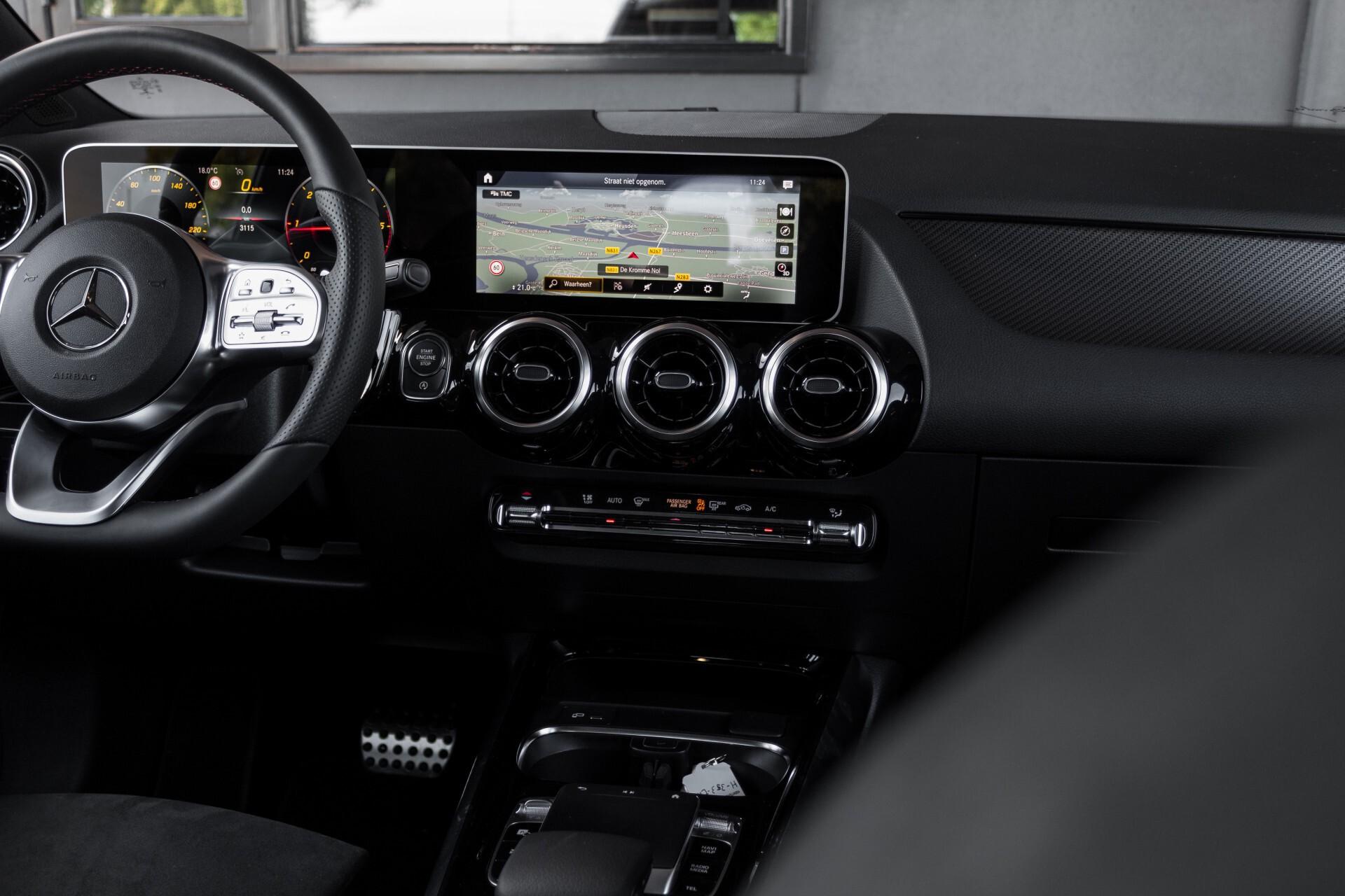"Mercedes-Benz B-Klasse 180d AMG Widescreen/M-bux/LED/19"" Aut7 Foto 47"